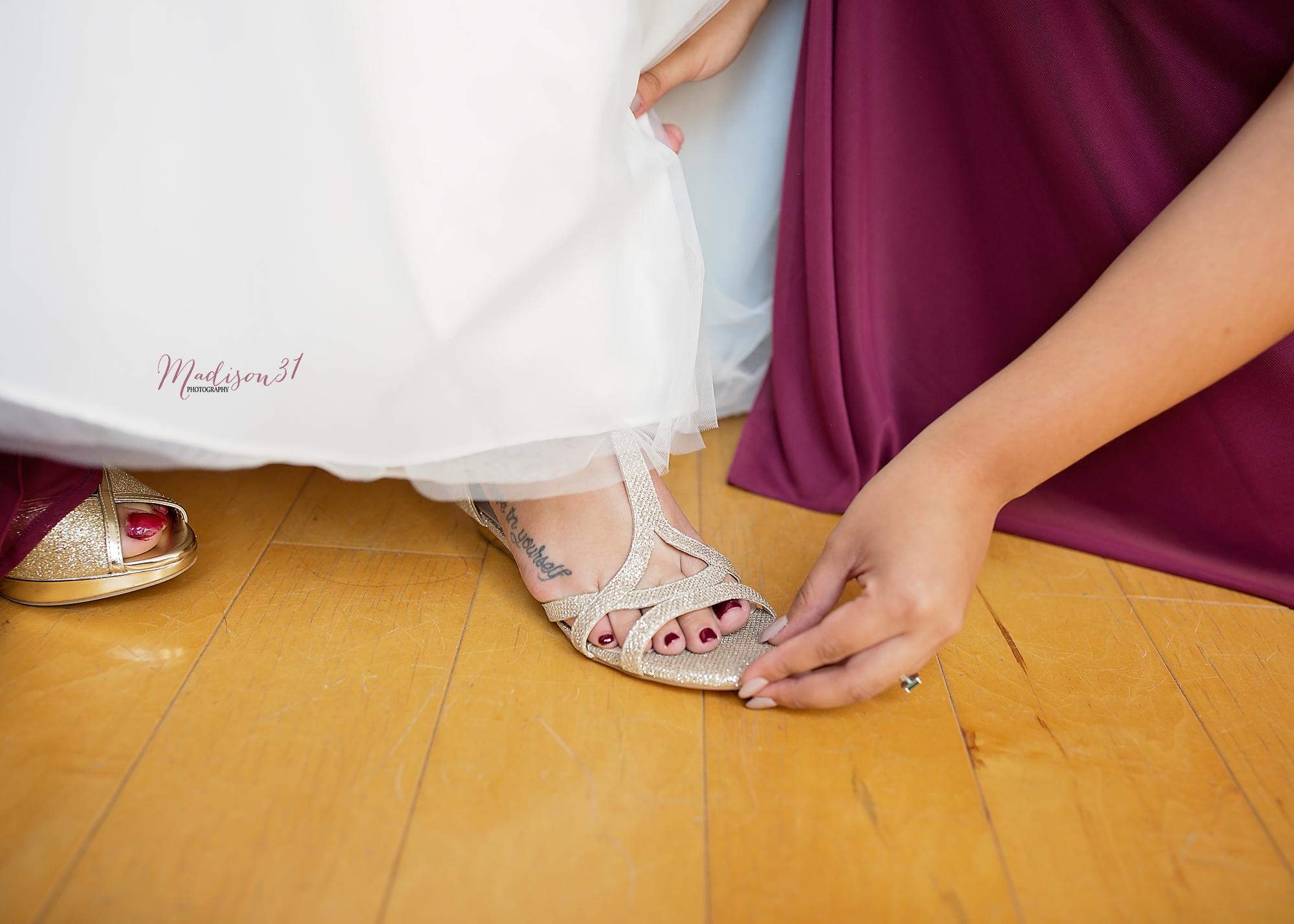 Getting Ready Bride (53) copy.jpg