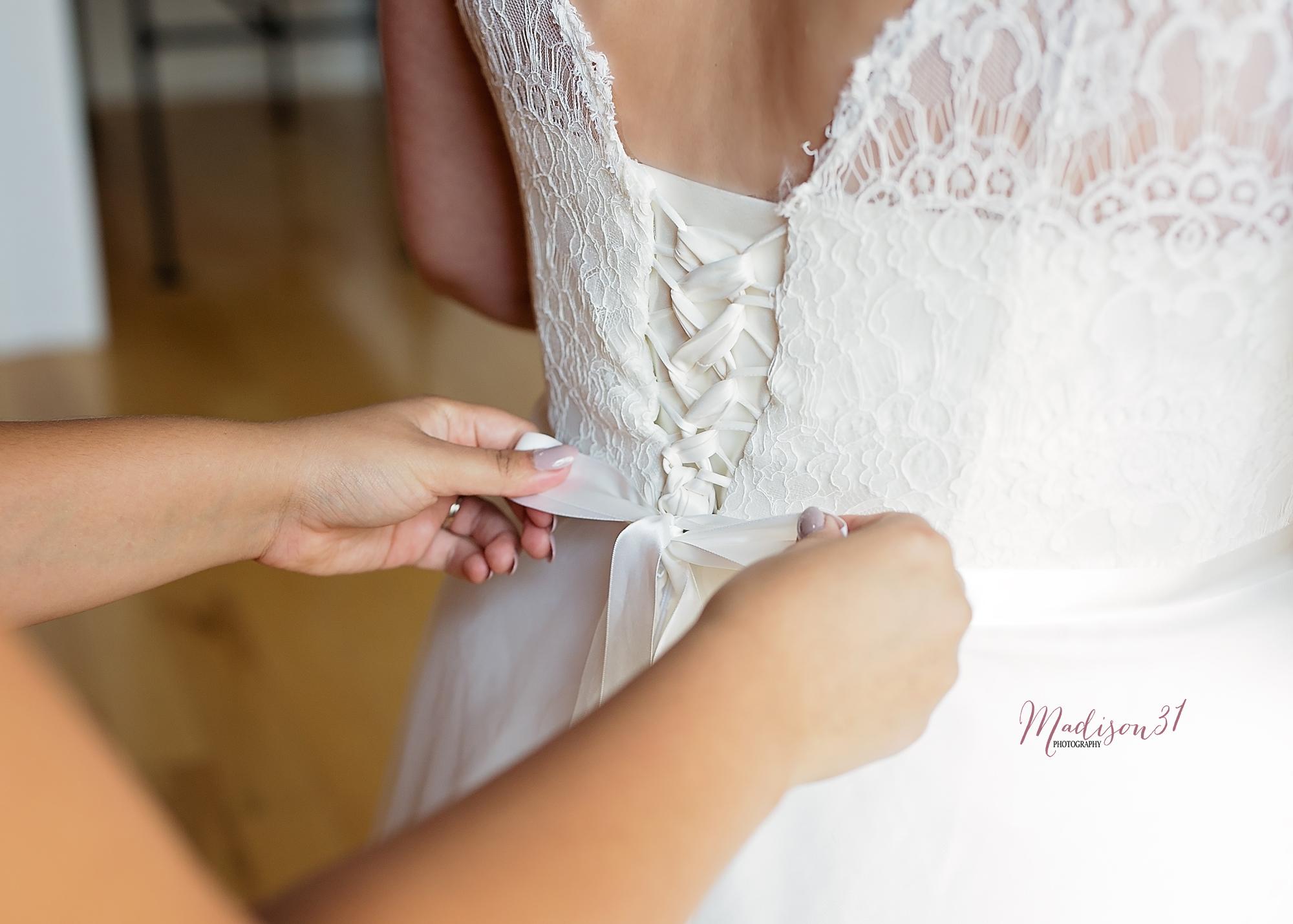 Getting Ready Bride (60) copy.jpg