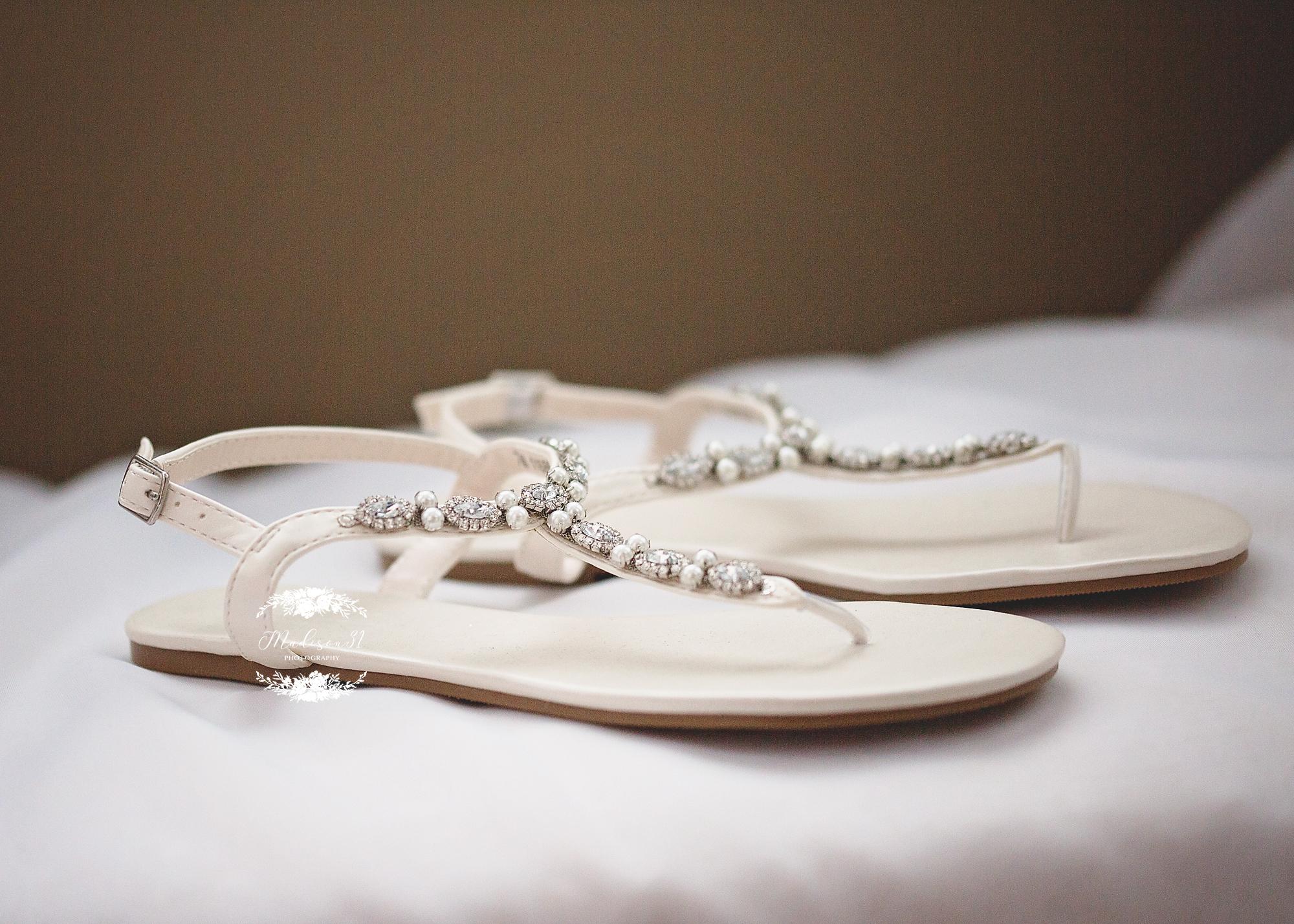 Getting Ready Bride_0050 copy.jpg