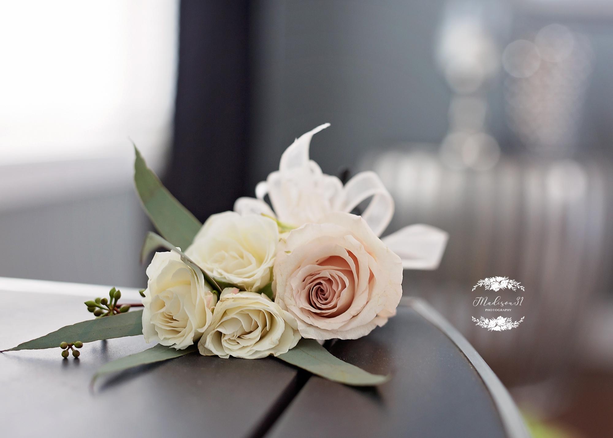 Getting Ready Bride_0073 copy.jpg