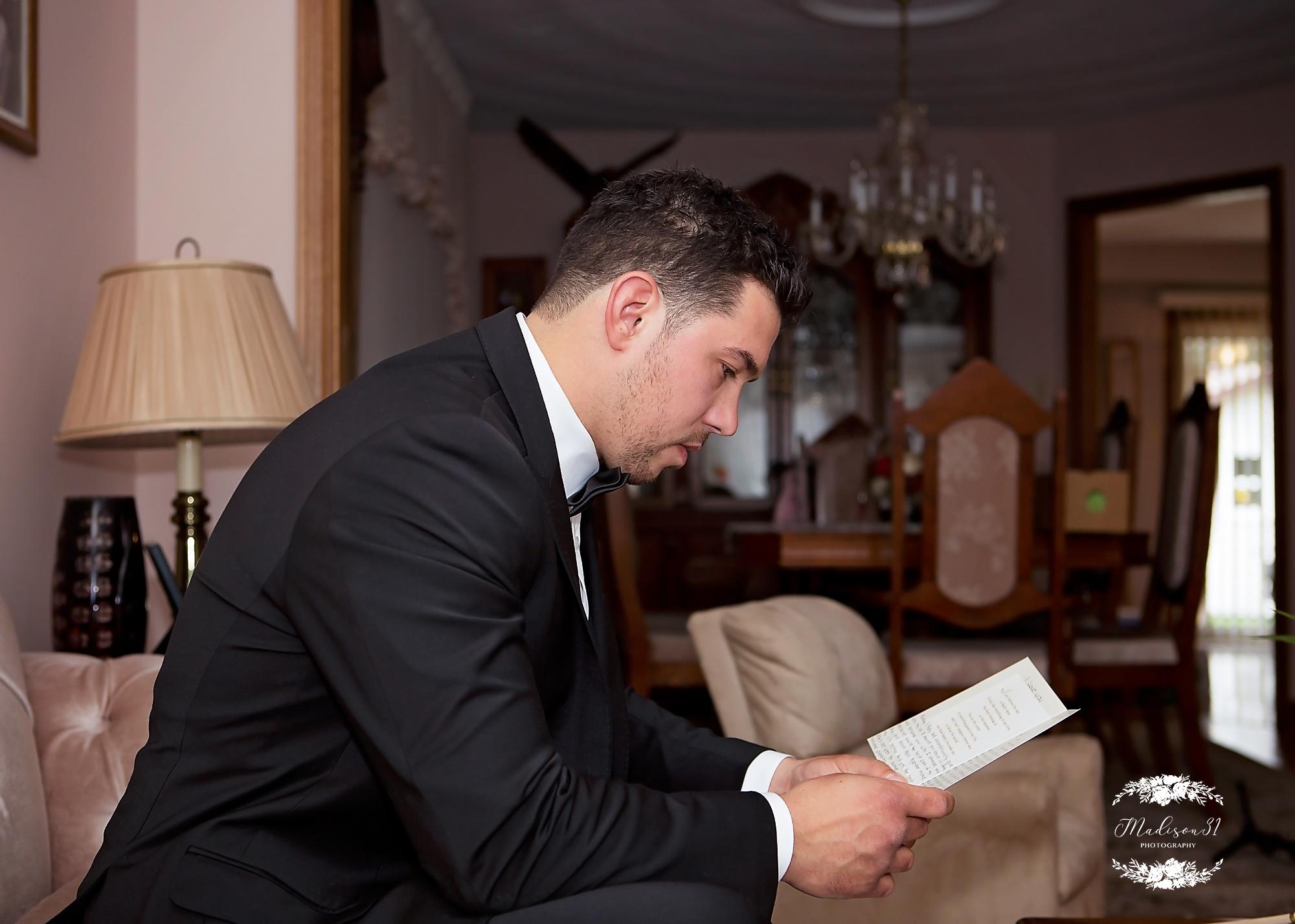 Getting Ready Groom_0357 copy.jpg