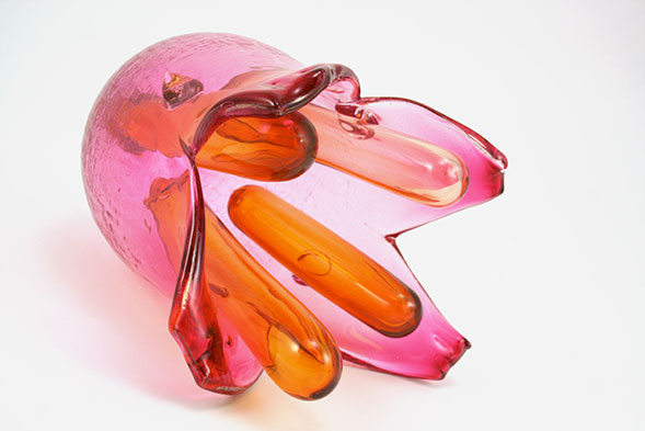 Cryptosporidium , one of the 6 glass models created by Bee Kingdom Glass with the micro-biology Laboratory