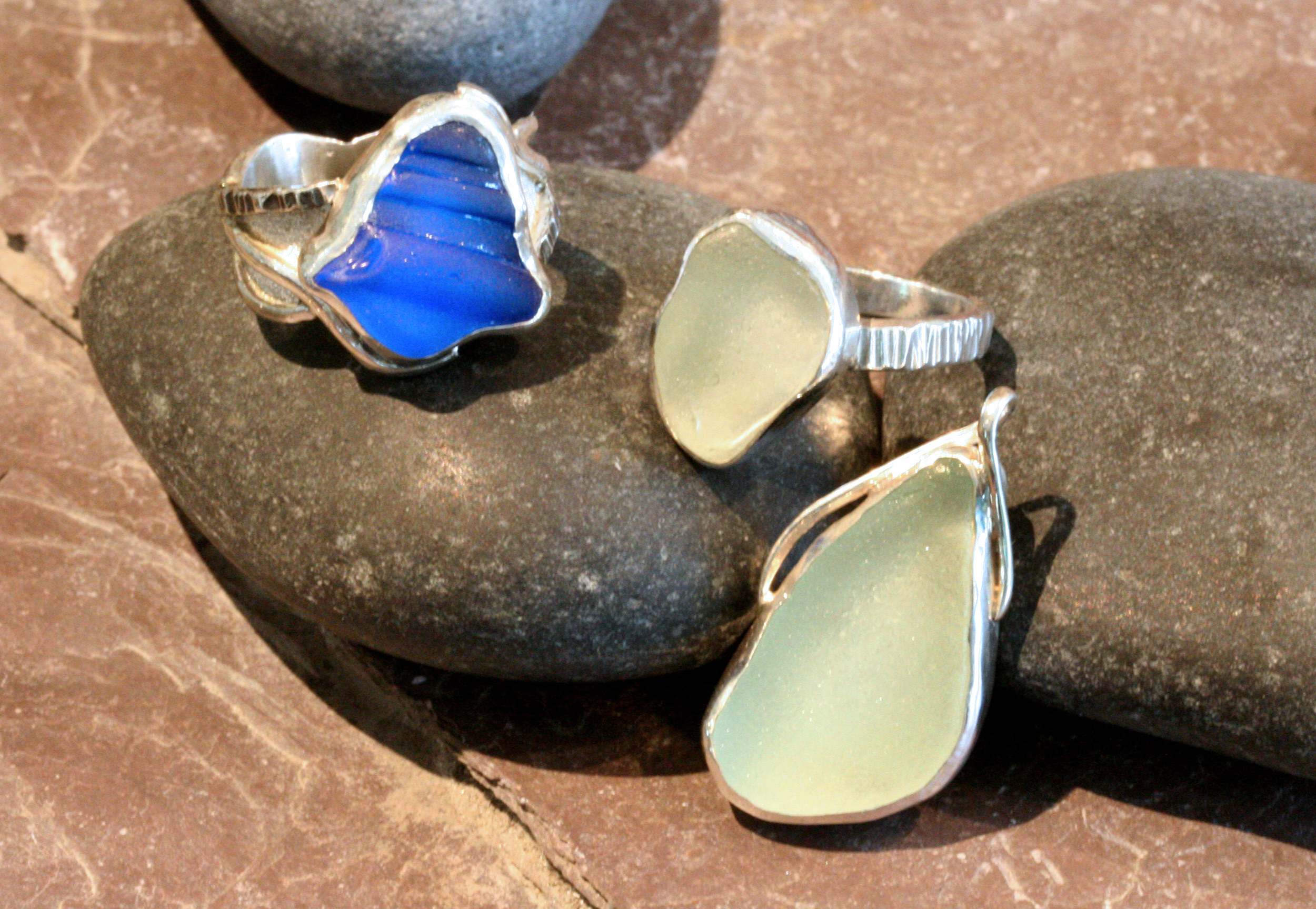 Sterling silver seaglass rings and pendant.