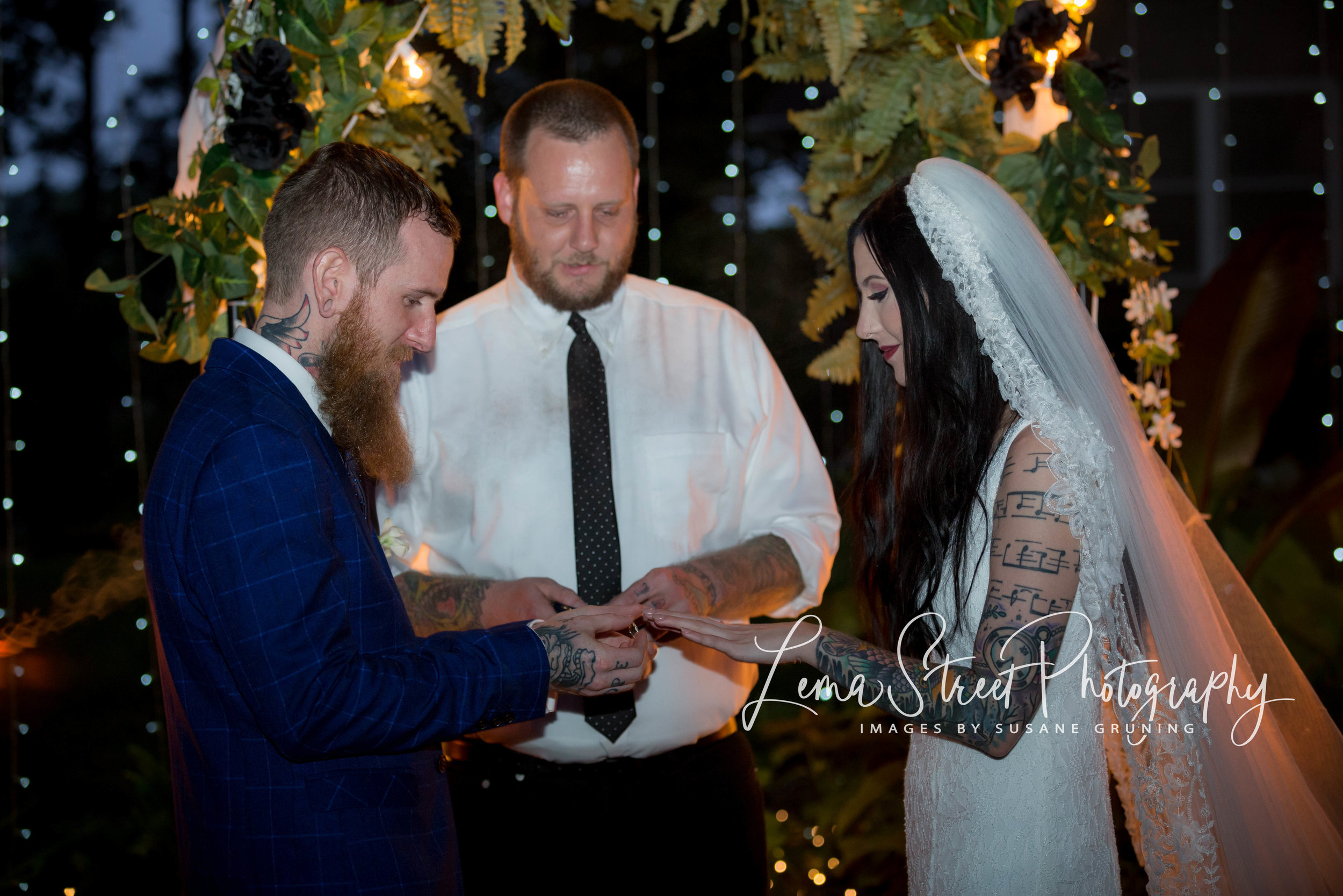 2018 Wedding Aly_Mike (7 of 31).jpg
