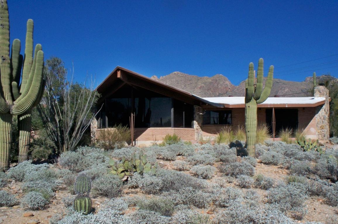 desert backyard home image