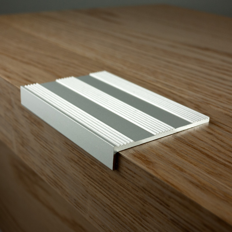 Silver Angle