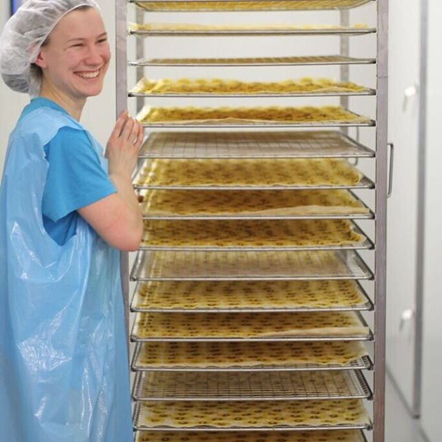 Ever wondered about our drying process? Here at Little Beauties we take the full and ripe fruit and air dry the cut slices, sealing in that luscious, sweet taste. Absolutely no nasties added! 👍 #airdry #littlebeauties