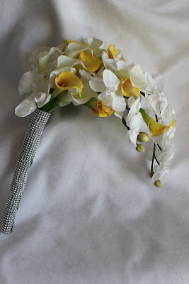 Bridal Arm Bouquet