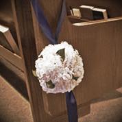 minneapolis-silk-florist-aisle-flower-arrangements.jpg