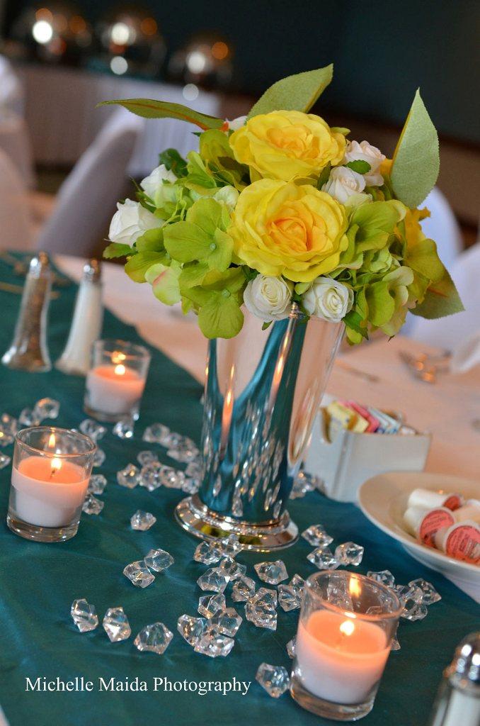 minneapolis-silk-florist-wedding-flower-centerpieces.jpg