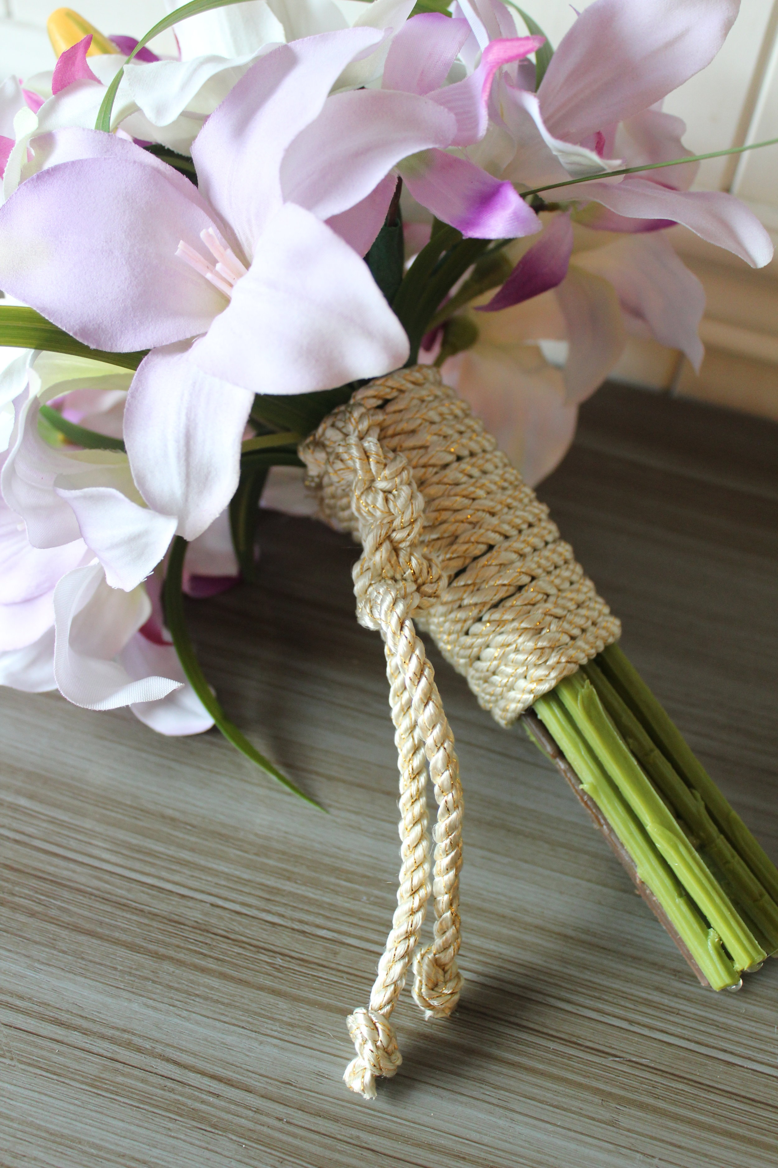 Minneapolis-silk-flower-custom-anniversary-gift.jpg