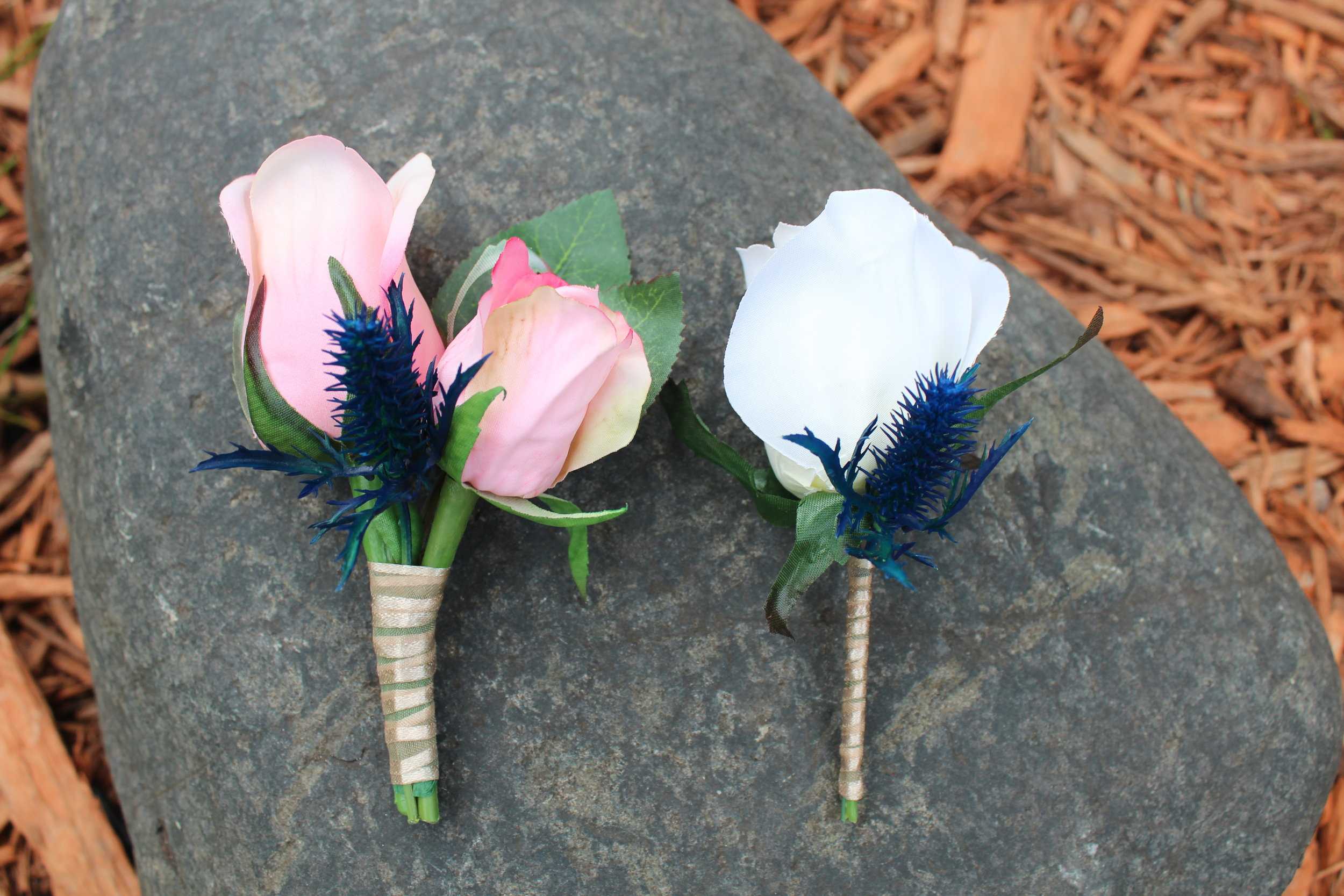 minneapolis-boutonniere-corsages-silk-flower-arrangement.jpg