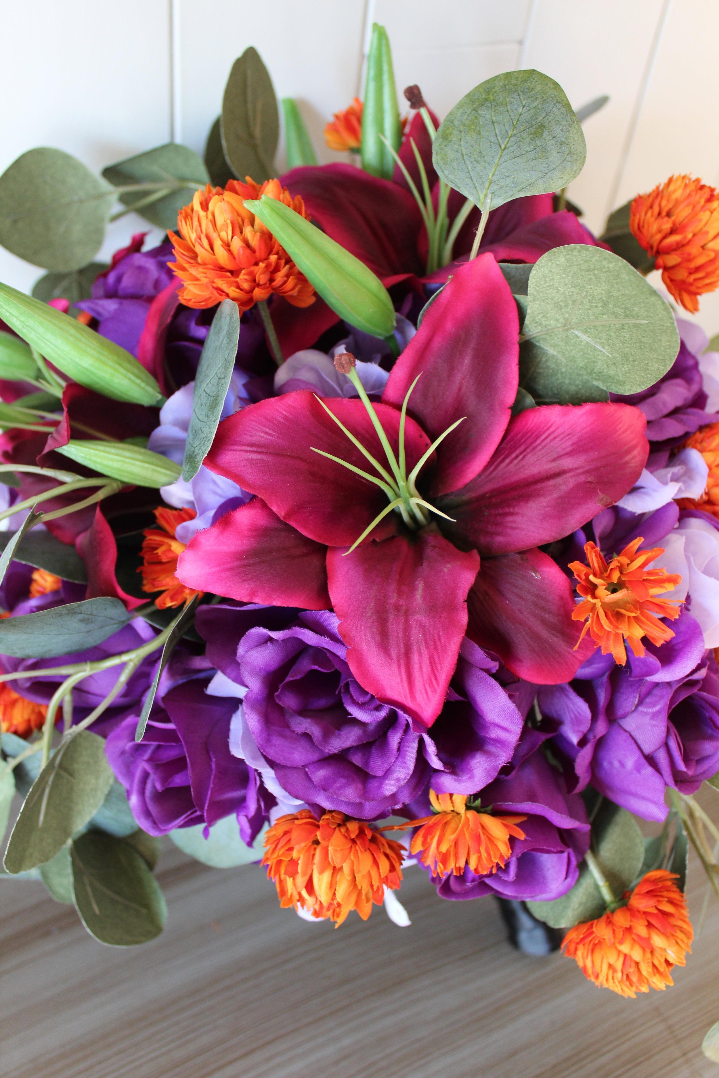 wedding-flowers-rustic-barn-minneapolis.jpg