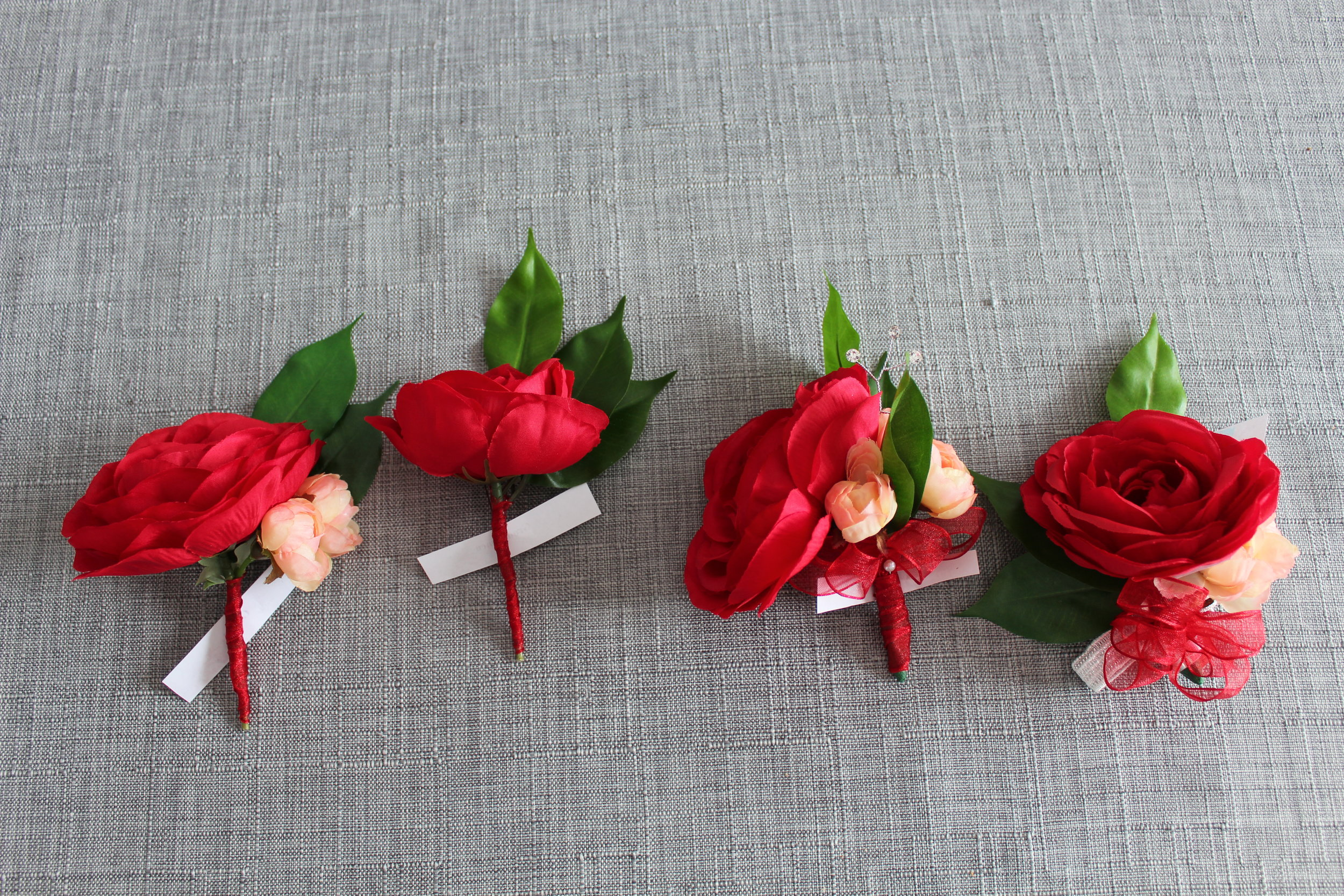 Groom's boutonniere, Groomsman boutonniere, Mother's Corsage, Sister's Wristlet