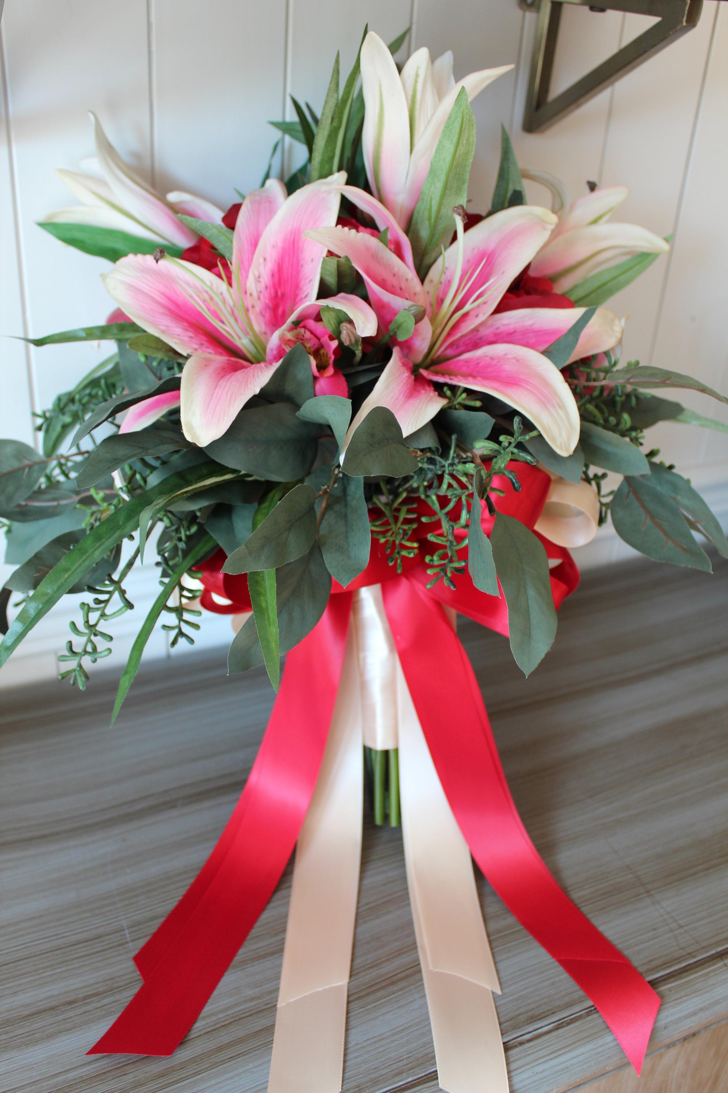 lily-silk-wedding-bouquet-recreation.jpg