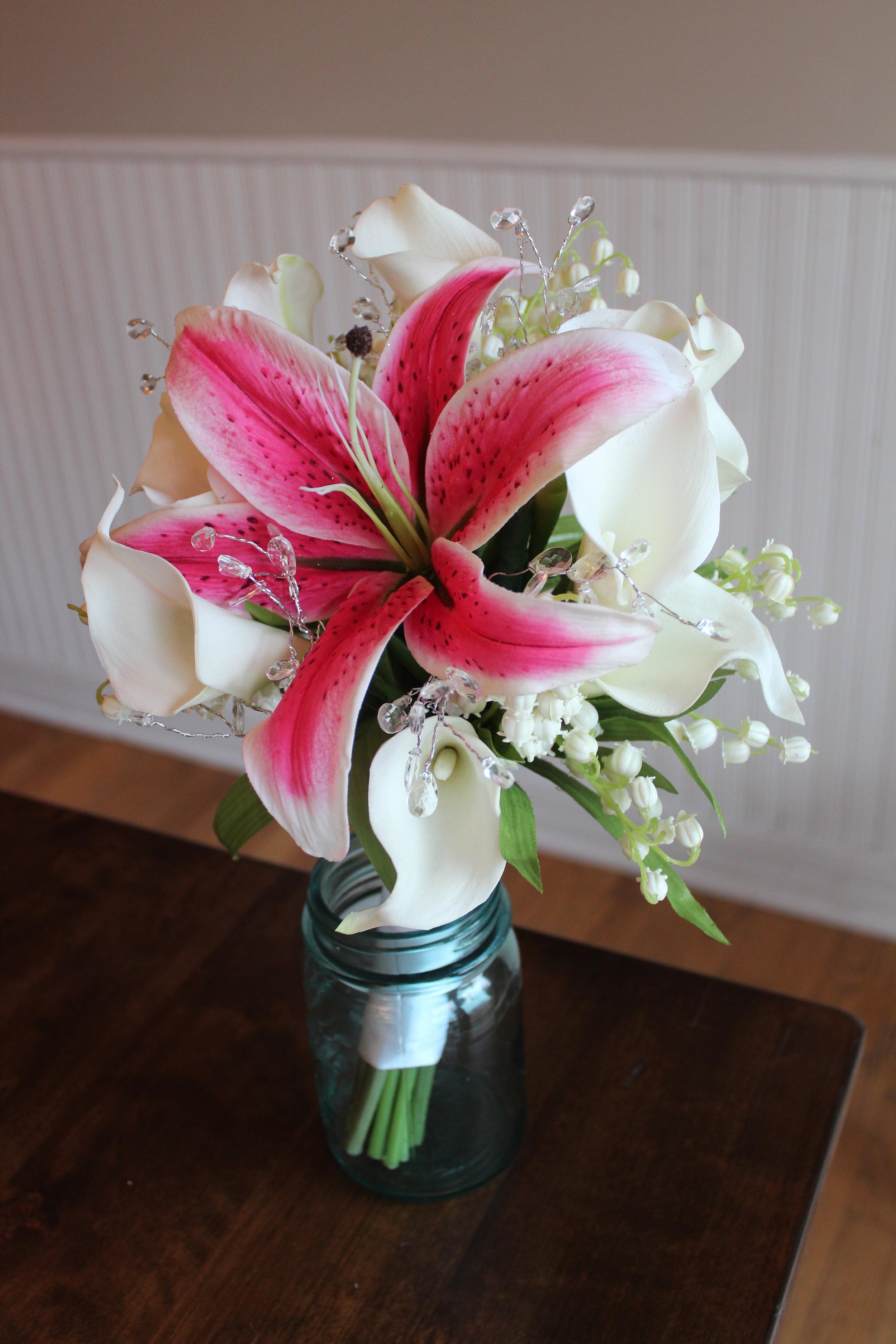 last-minute-silk-bridal-bouquet.jpg
