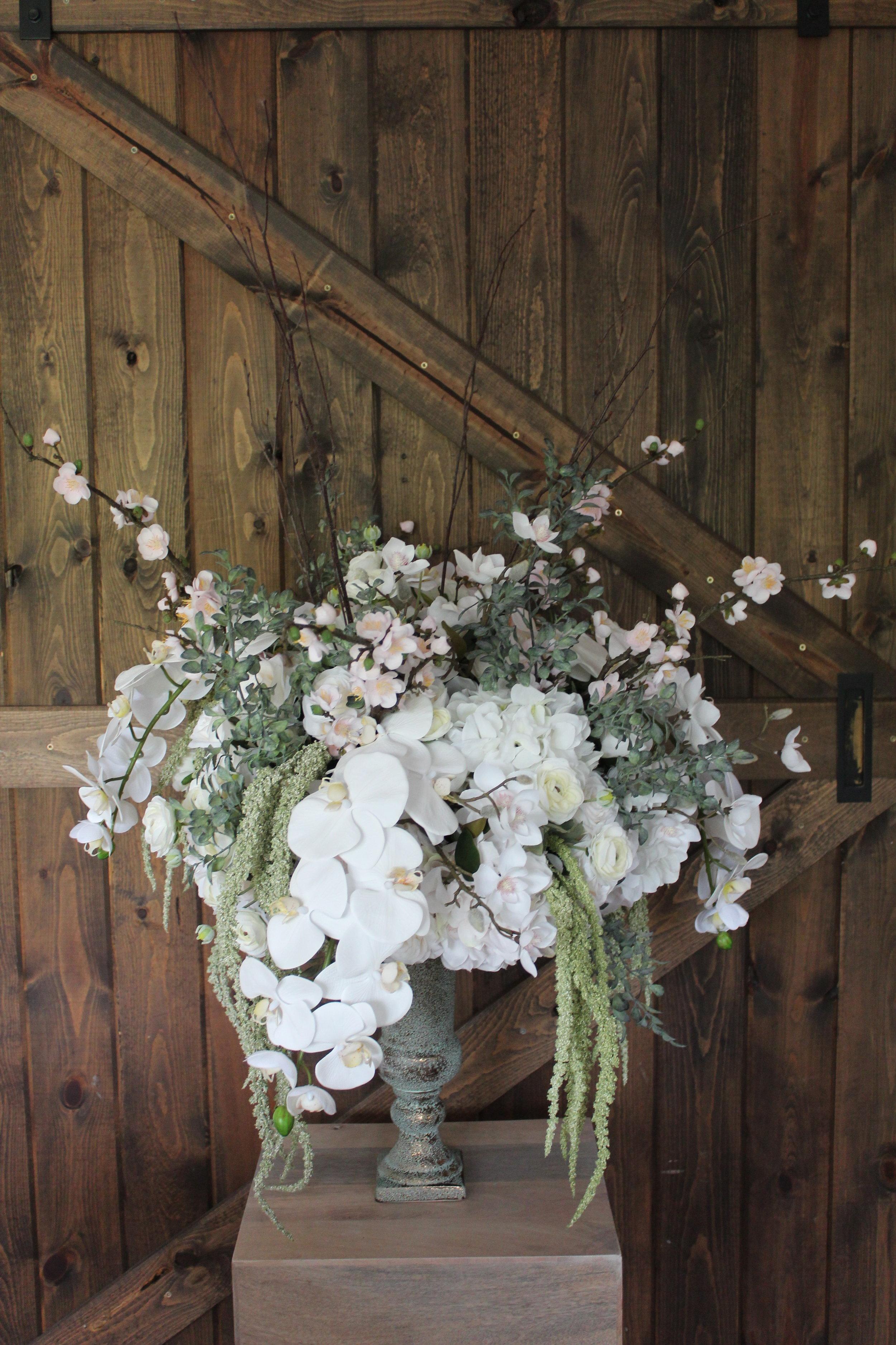 silk-wedding-flowers-custom-centerpiece-bridal-bouquets.jpg