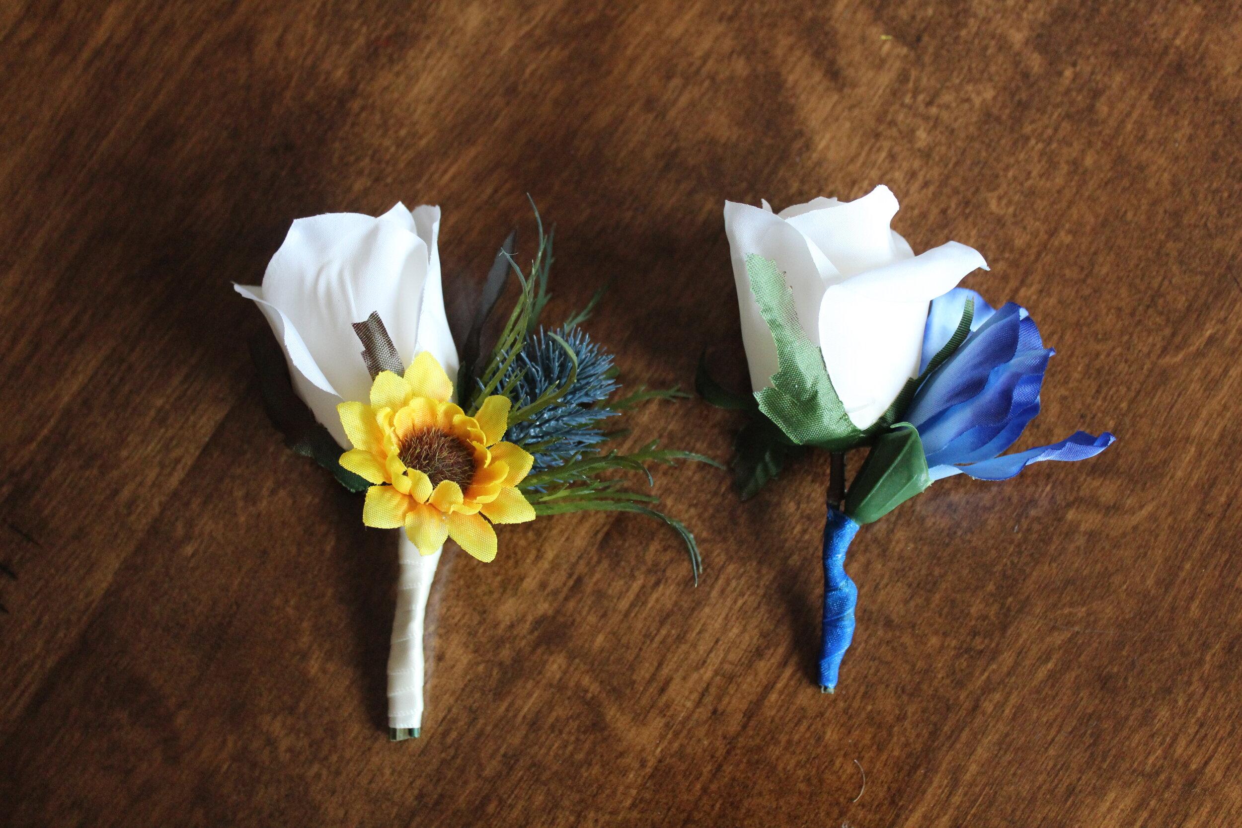 silk-boutonnieres-corsages-wedding-flowers-bridal-bouquet.jpg