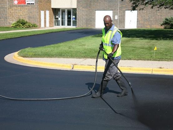 asphalt sealer spray wand
