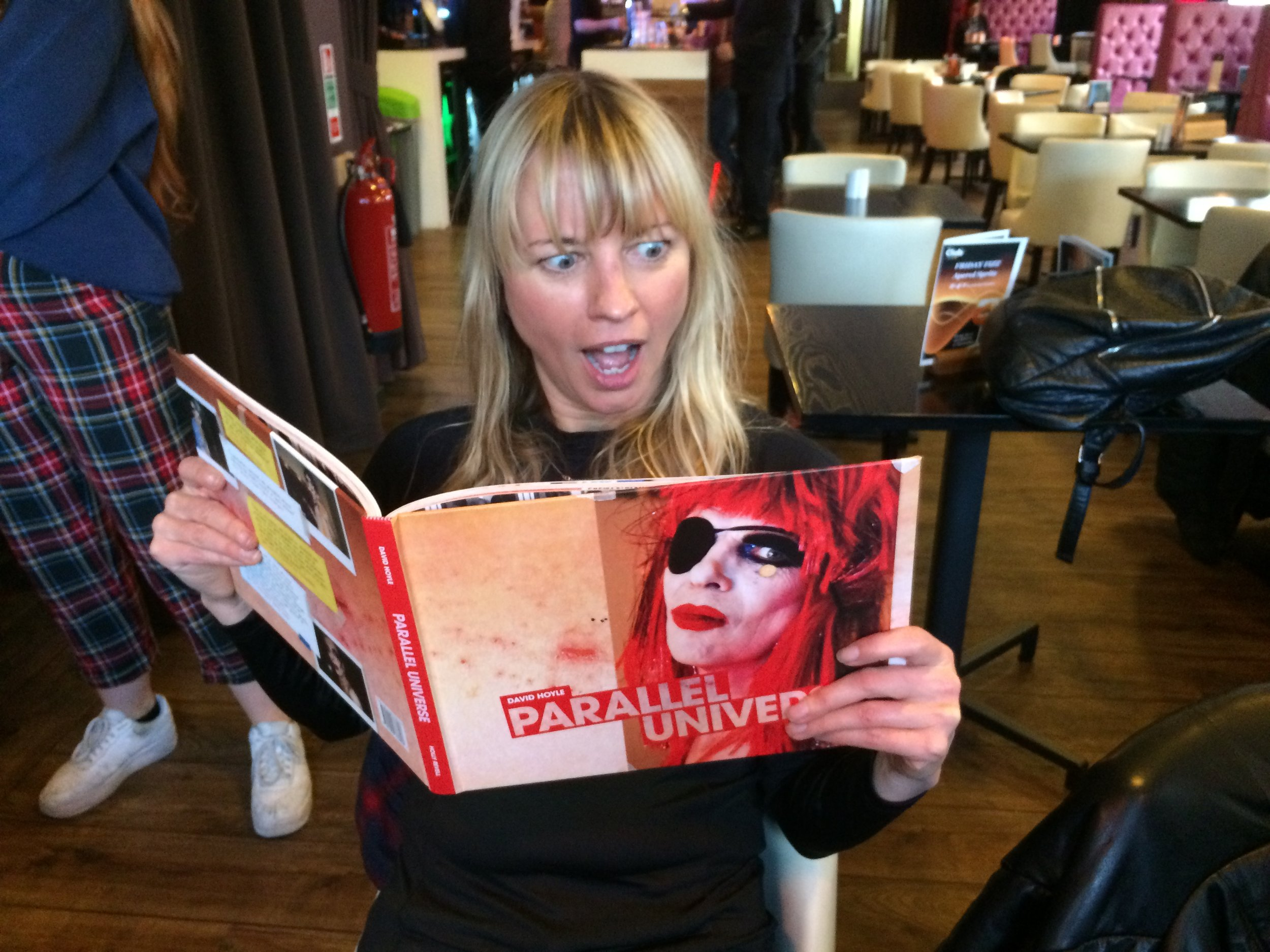 Sara Cox was co-hosting and here she is enjoying the book and talking about the high heels gene with David!!