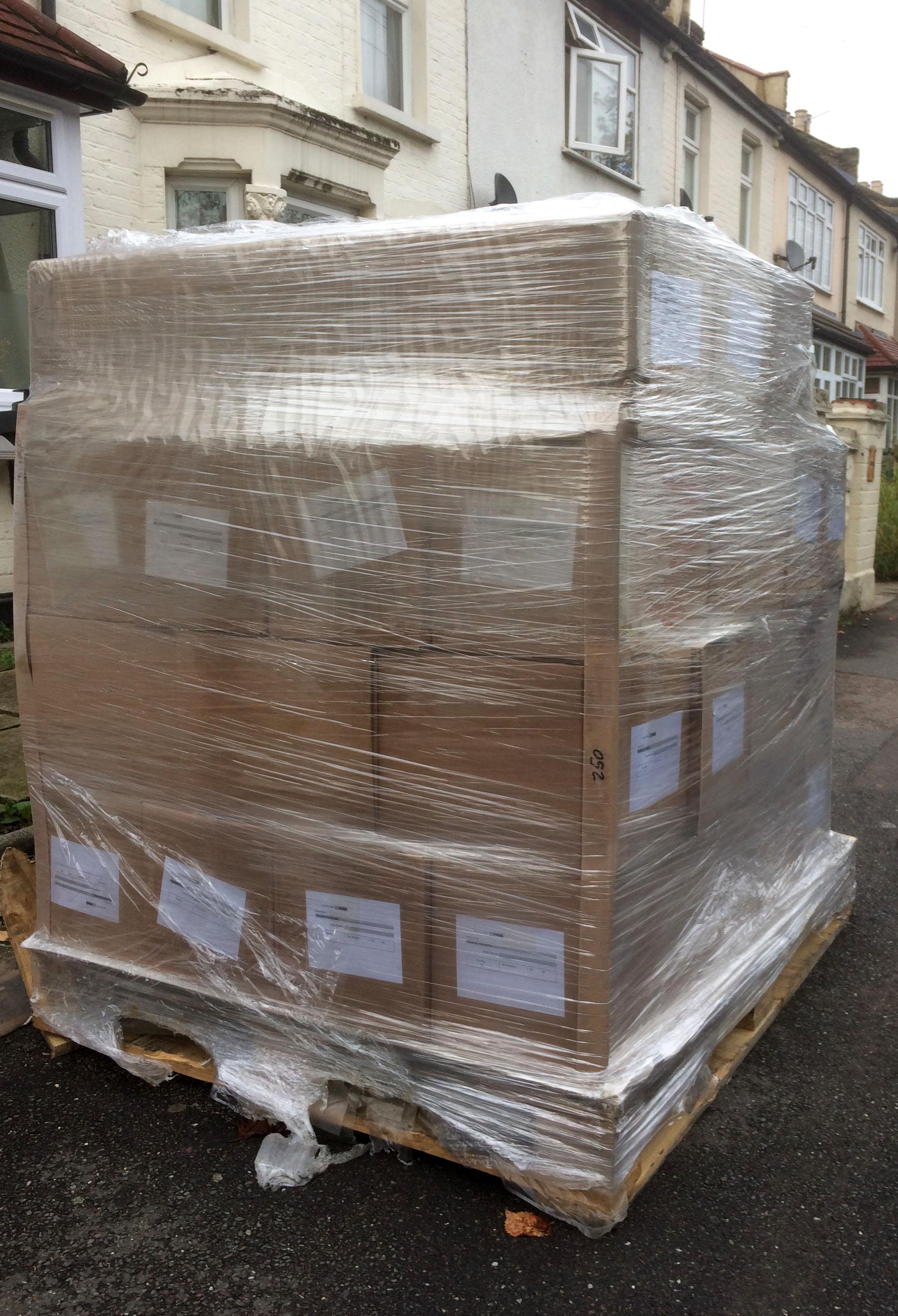 books-800kg.jpg