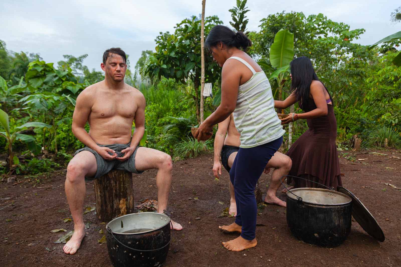 Channing Tatum gets bathed in guayusa leaves.  Credit: Andy Isaacson