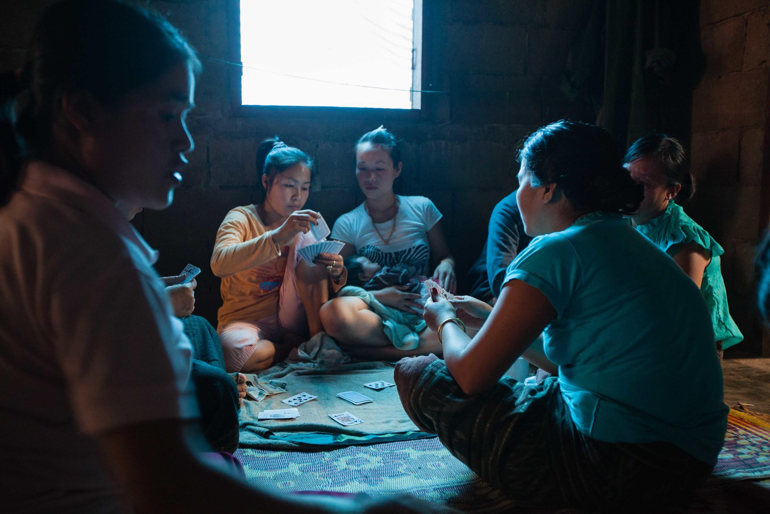 Muang Ngoi women. Credit: Andy Isaacson