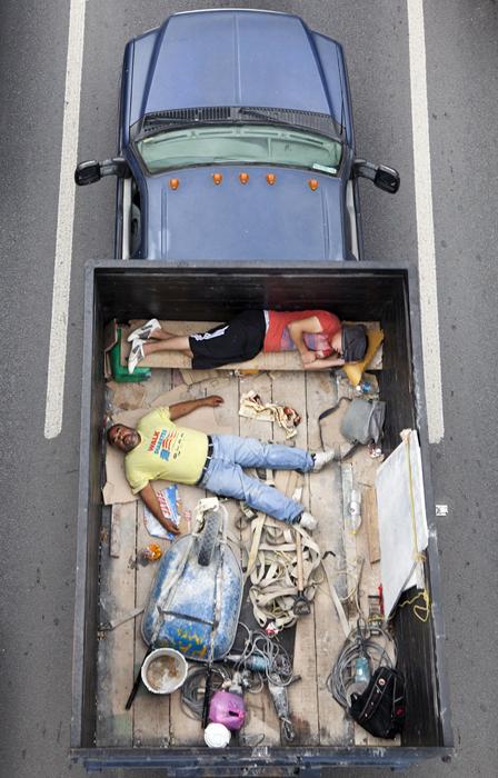 © Alejandro Cartagena  http://alejandrocartagena.com/