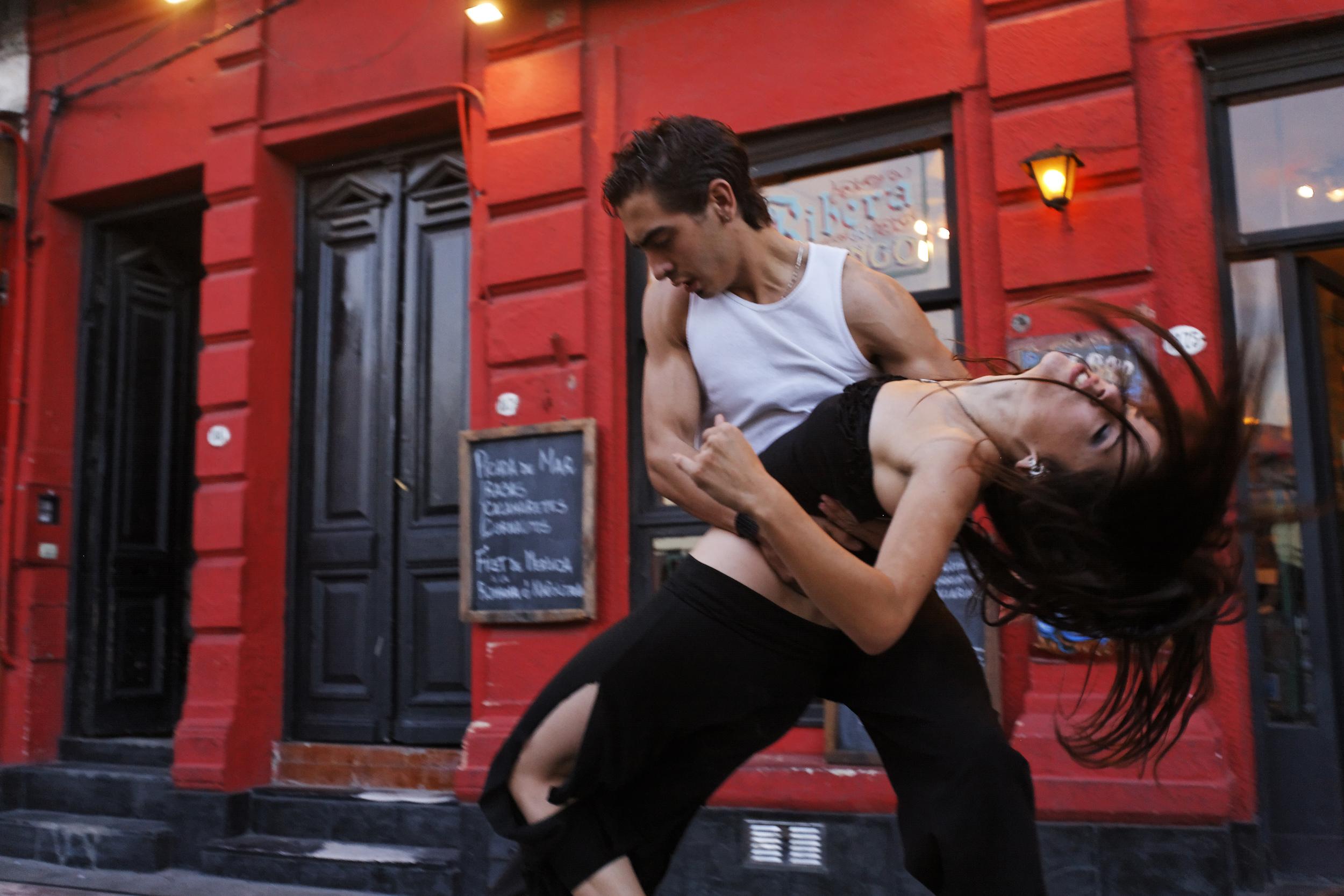 tango.04.JPG