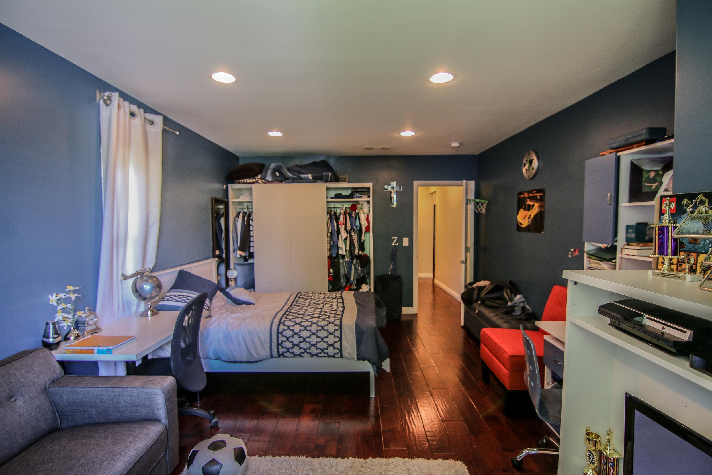 Bedroom 3 (1 of 1).jpg