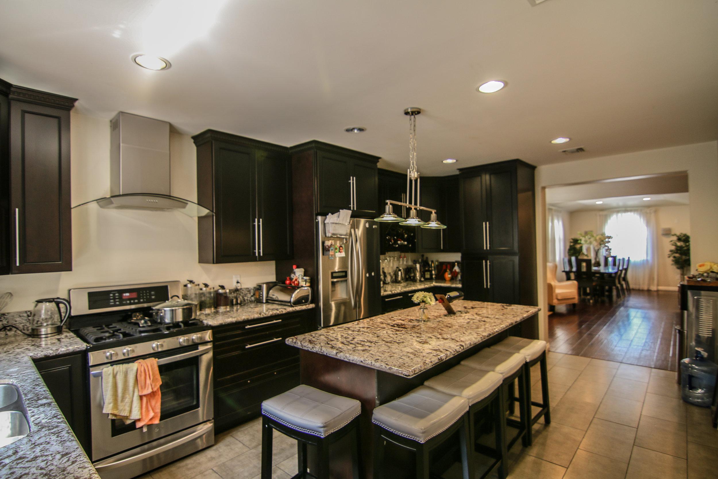 Kitchen 2 (1 of 1).jpg