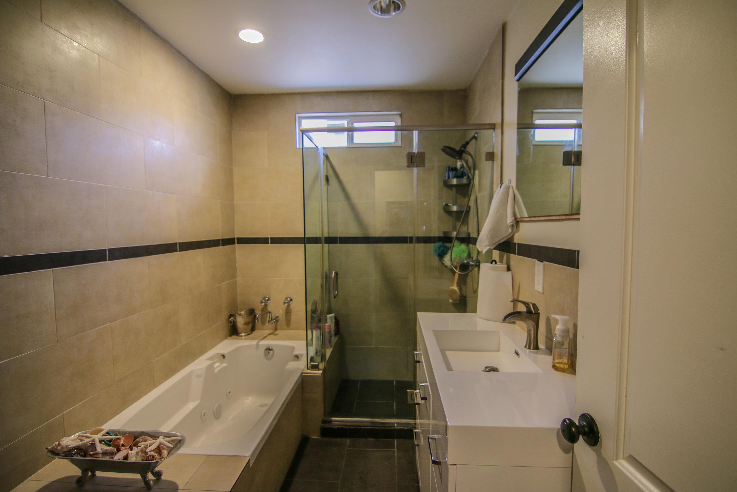 Master Bath 1 (1 of 1).jpg