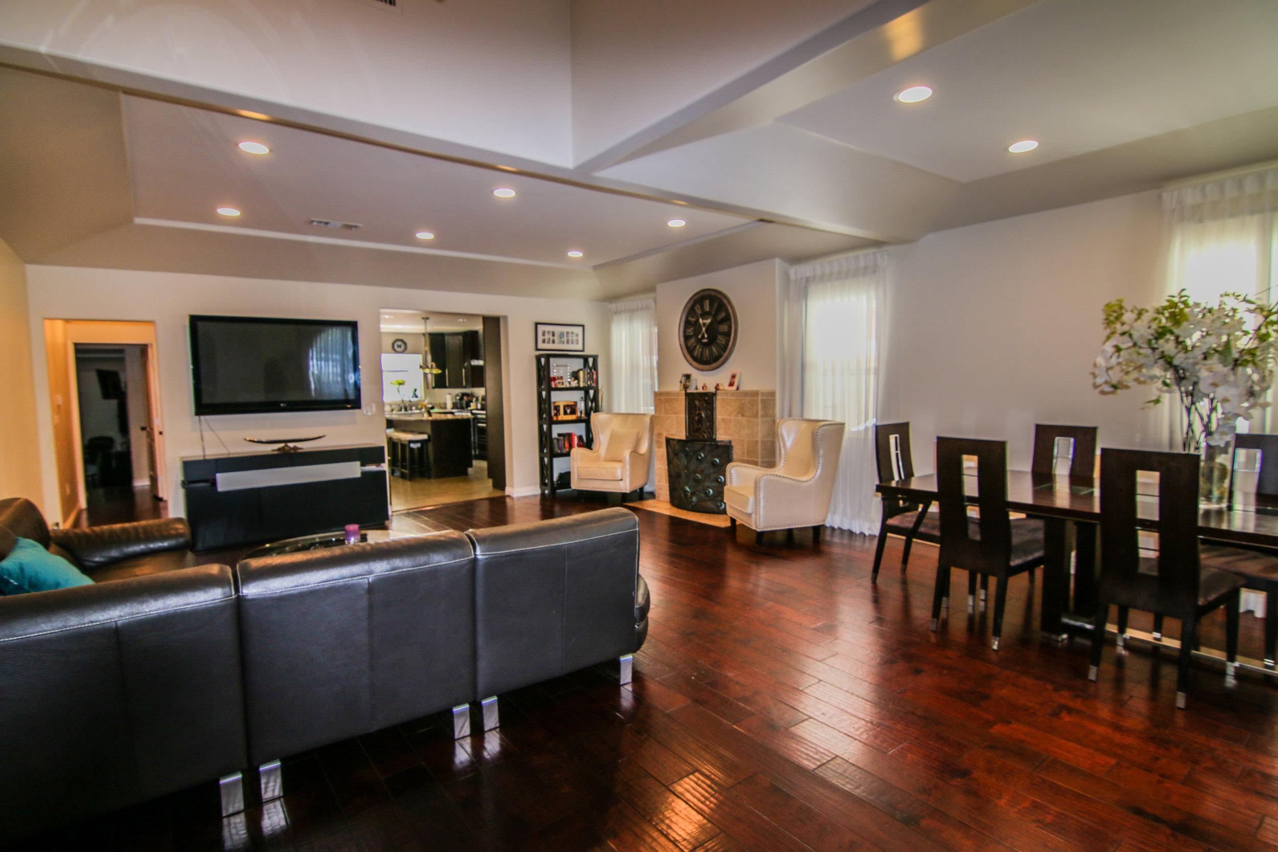 Living Room 4 (1 of 1).jpg