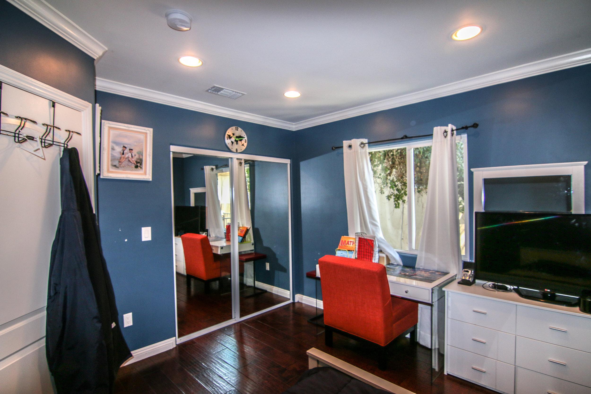 Second Bedroom 2 (1 of 1).jpg