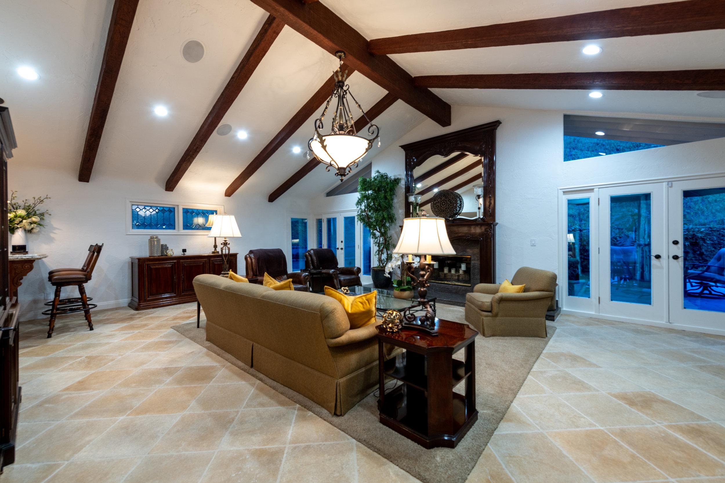 104 Living Room.jpg