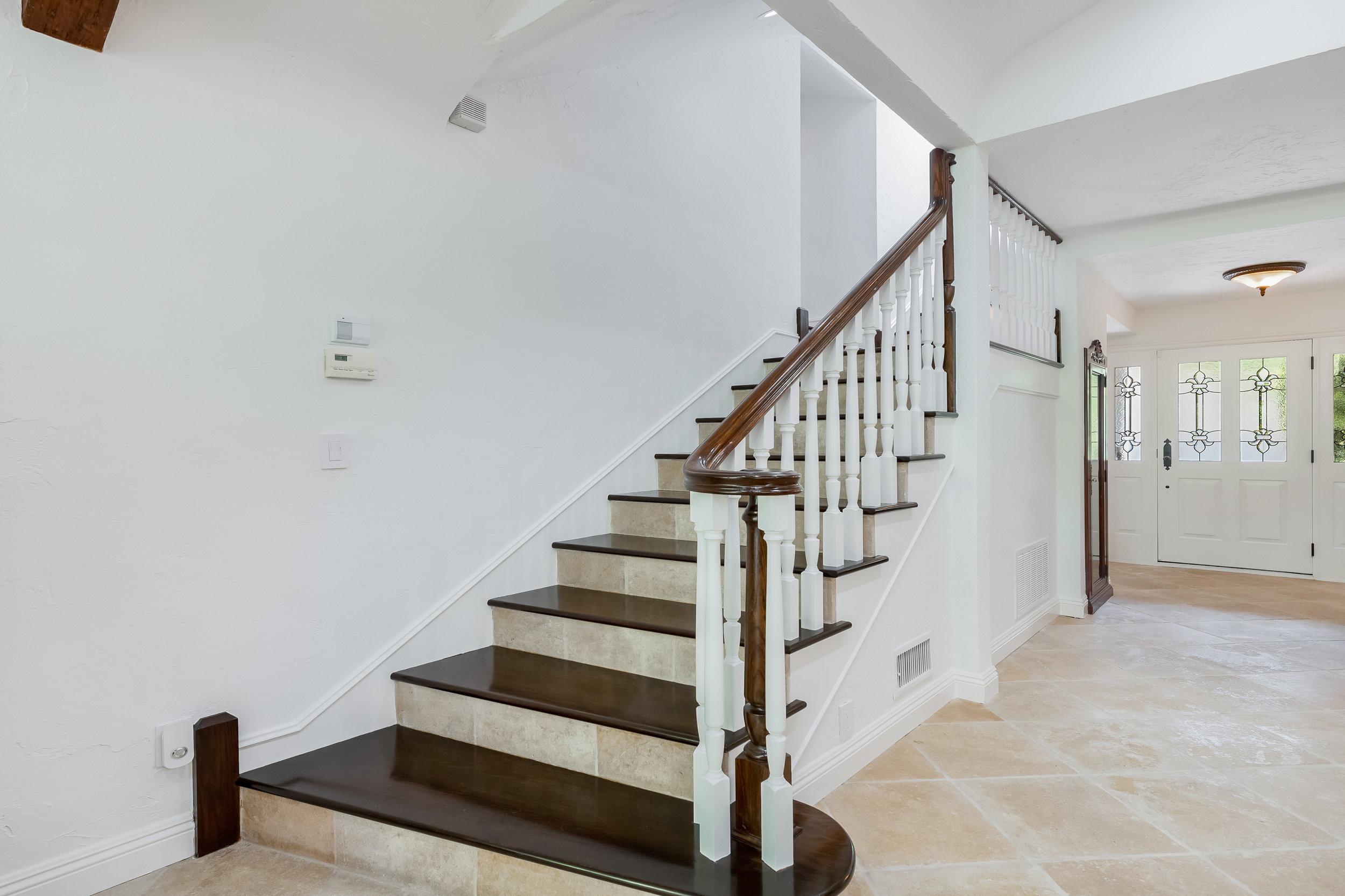 19 Stairway.jpg
