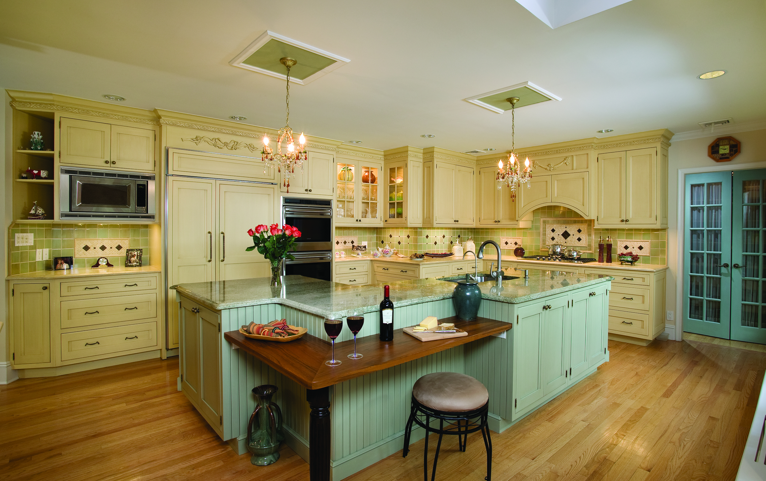 "Elite is a ""One Stop Shop"" for design and all home renovations. Call 516-365-0595 to talk to one of our in house professionals to get your kitchen renovation started today!"