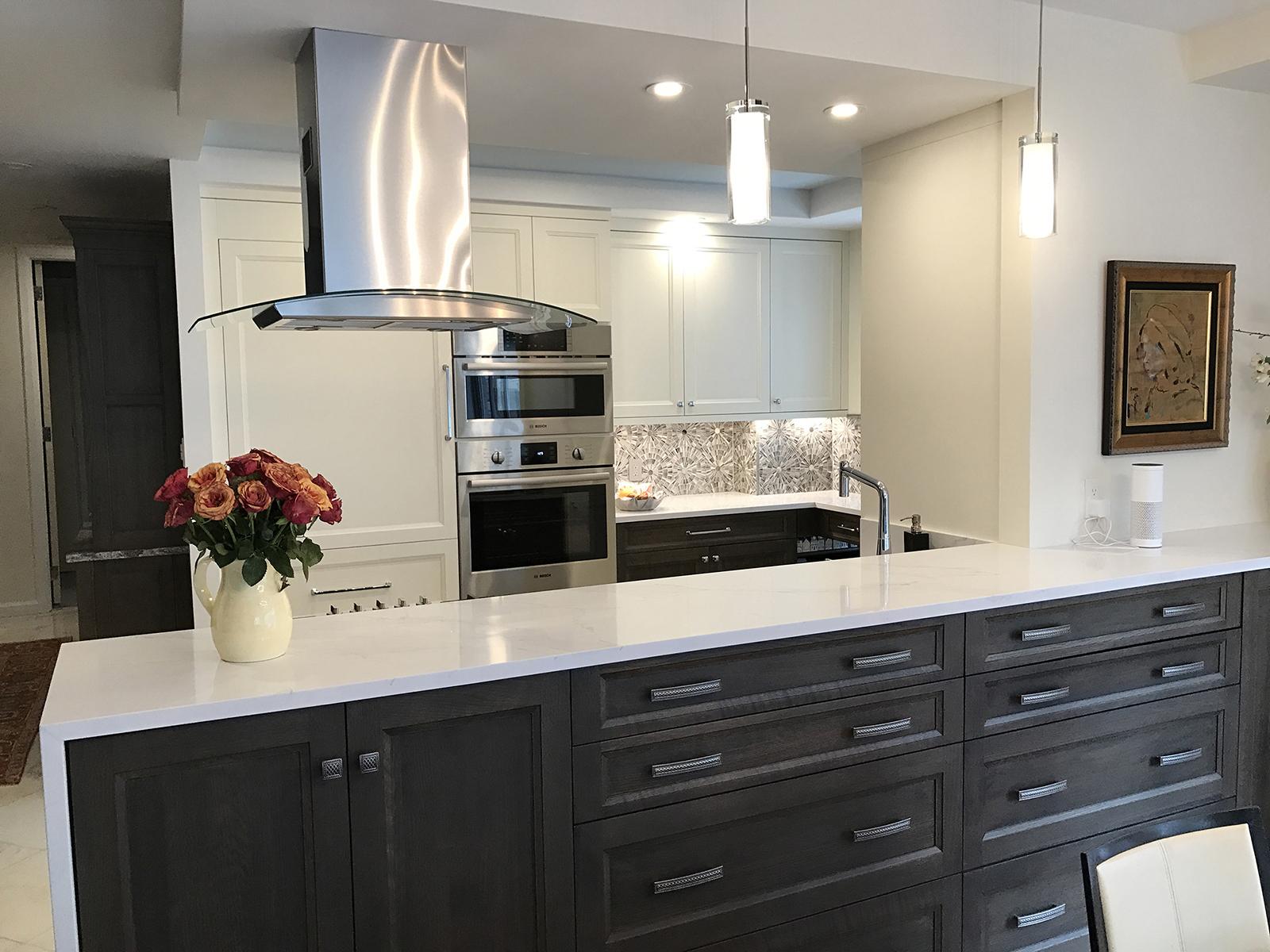 Manhattan Apartment Renovation Opens Up Kitcvhen to Gorgeous Manhattan View
