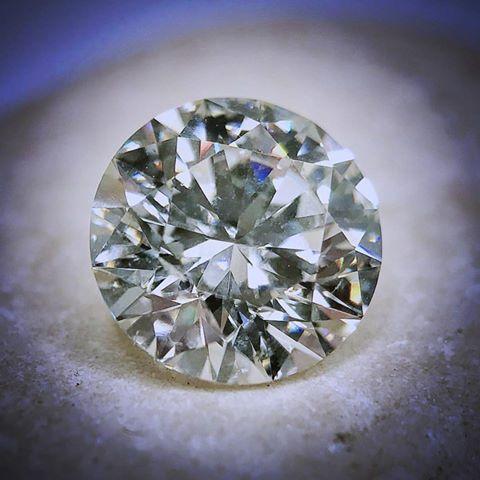 JP-Haase-Jewelers-West-Allis-Milwaukee-Wisconsin-Diamonds-Engagement-Rings-Jewelry-Local-Dealer-Owned-Ladies-Wedding-Rings