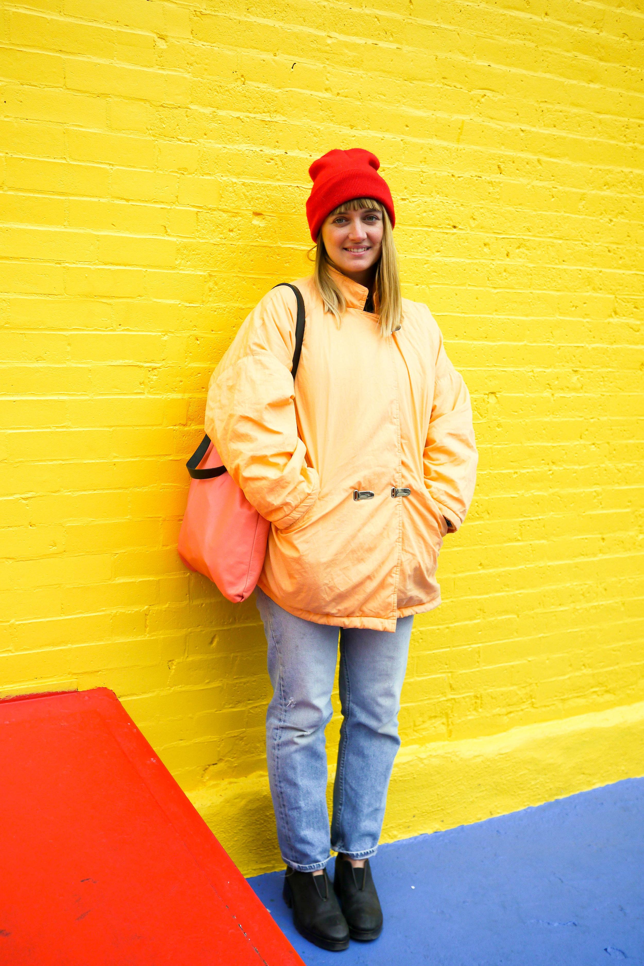 Jacket, Esprit ;    Jeans, Levi's    ; Shoes, Acne ;    Bag, Chiyome