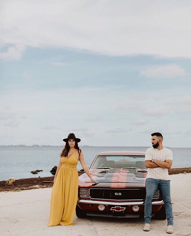 We hope your Saturday is this cool ✌🏻photo by @visualbliss_ . . . . . #iamphotonative #creativecommunity #dearphotographer #justalittleloveinspo #belovedstories #loveandwildhearts #radcouples #wanderingweddings #wildandhappyhearts #radlovestories #loveauthentic