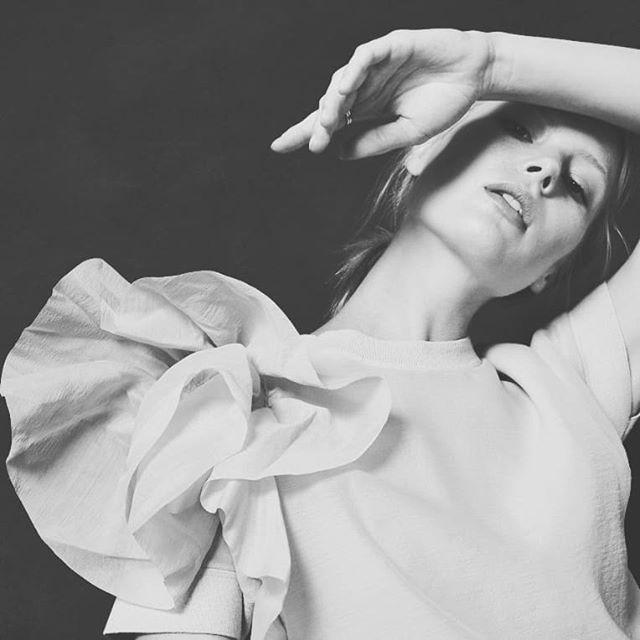 From archives _____________________________________ #studio #model #modelka #profoto