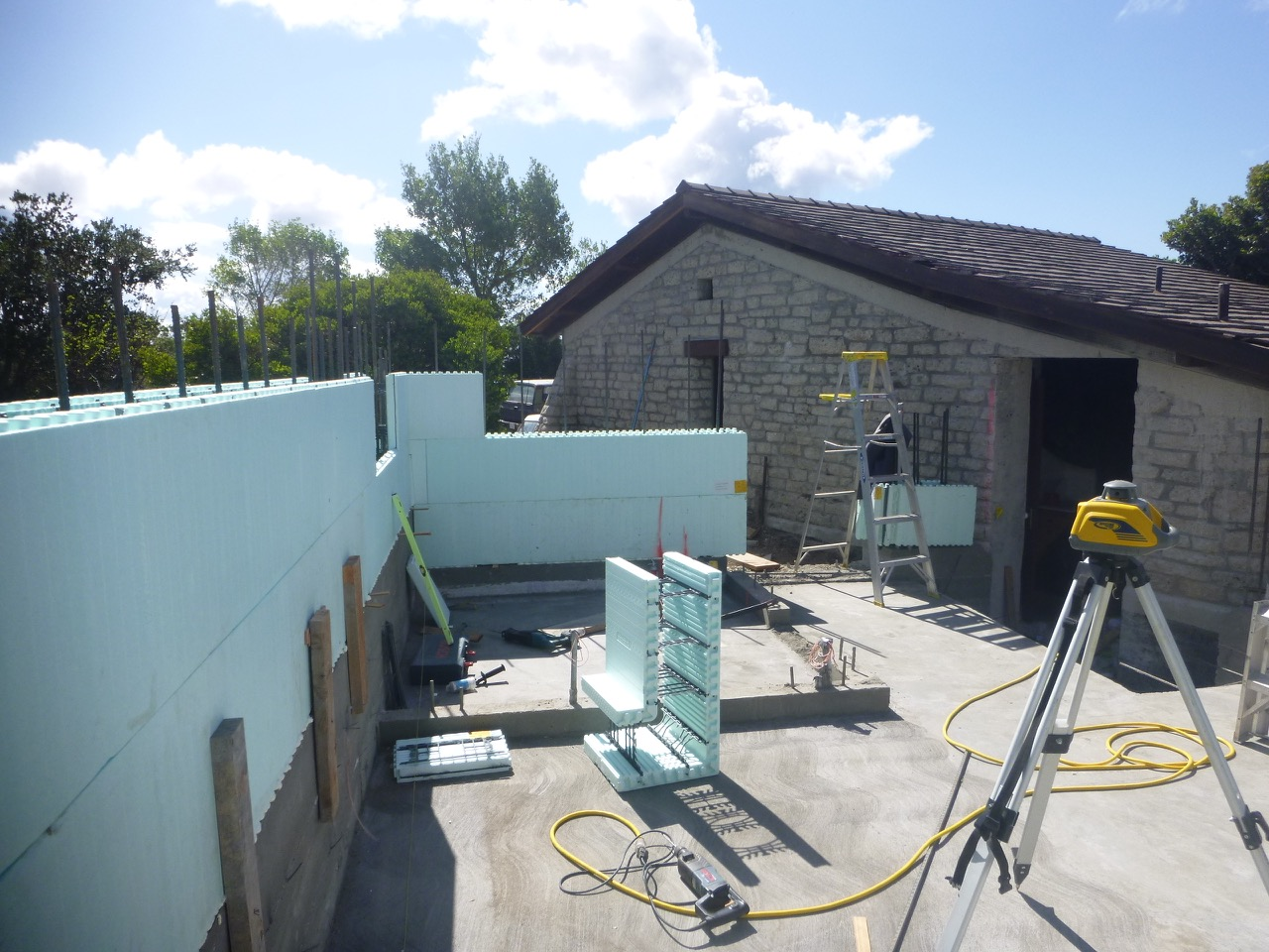 Insulated concrete forms &radiant solar heated floor form the core of thisaddition