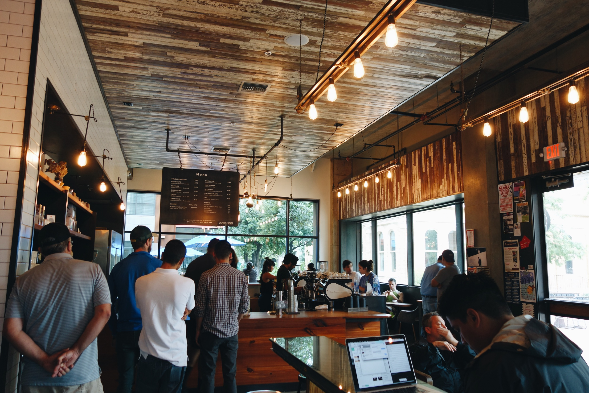 Great layout, great vibes and good coffee.