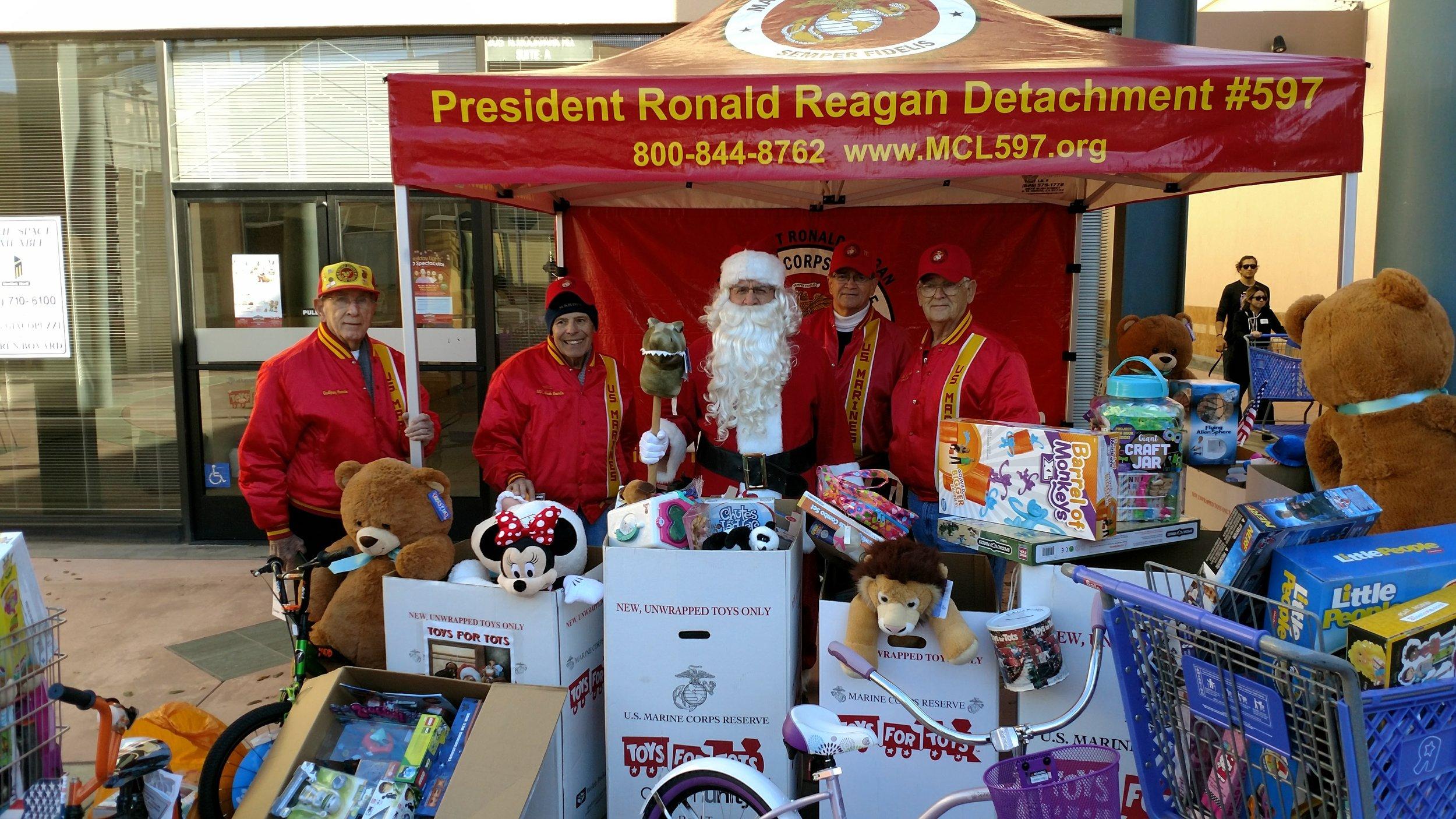 "2017 Toys for Tots in Thousand Oaks   Detachment Members; Godfrey Harris, Hank Noorda, Santa (Bob Martinez), ""Doc"" Honaker and Ben Pfister"