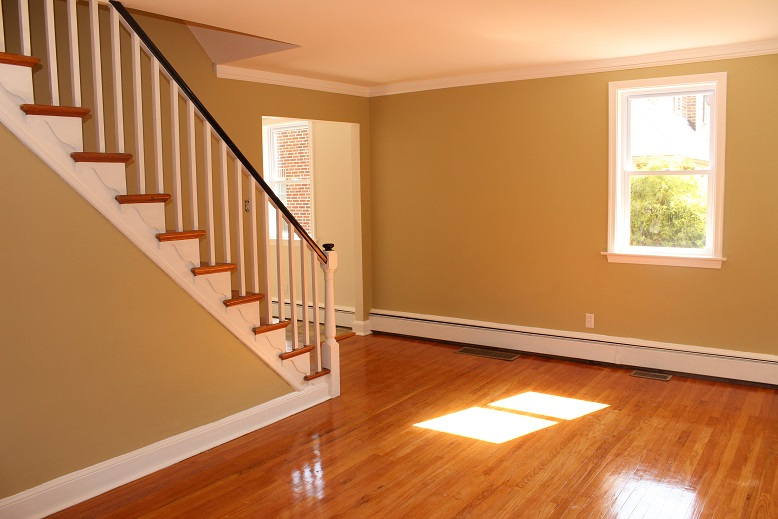 Living Room 7.JPG