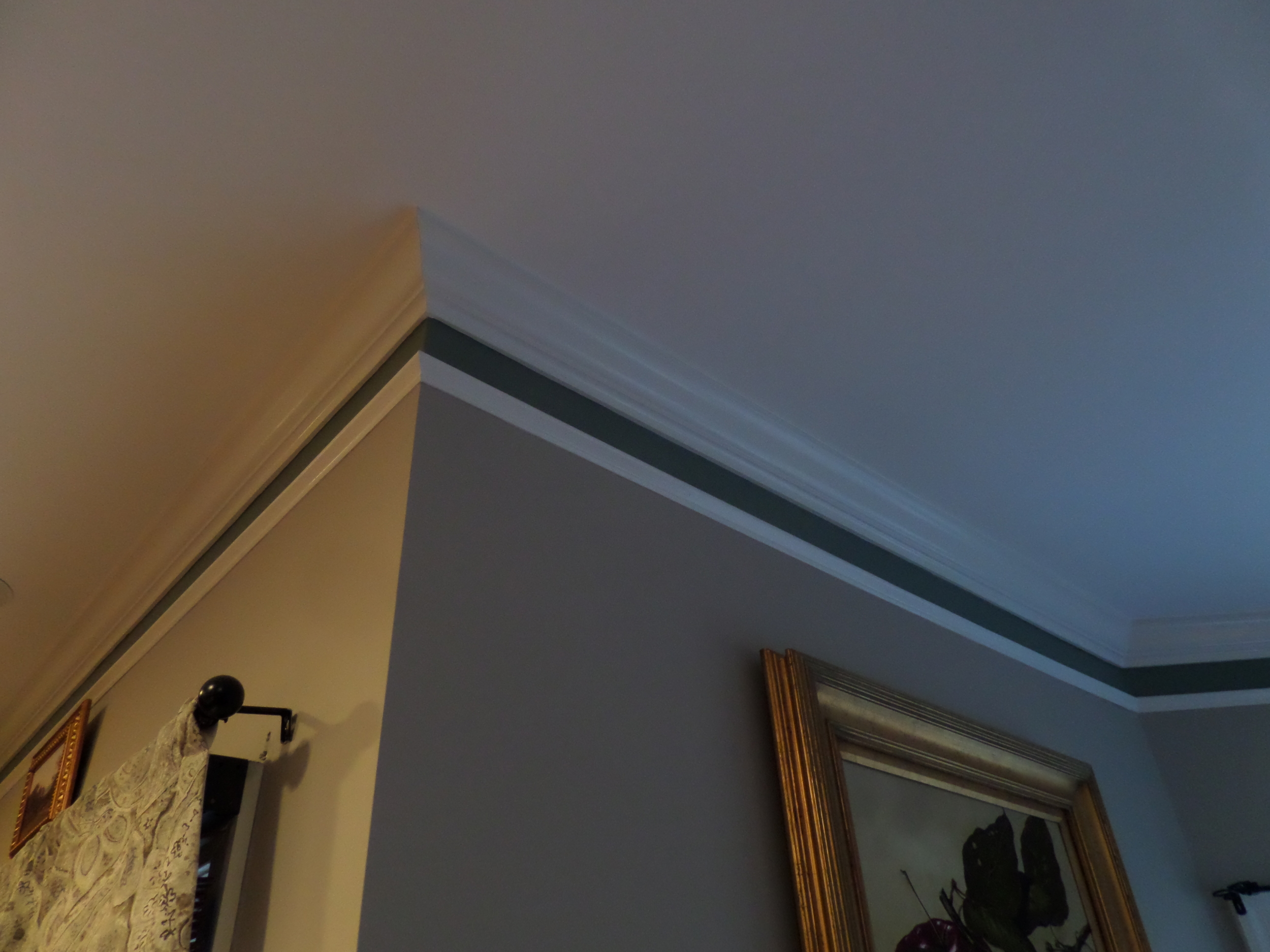 Multi layer crown molding (1).JPG