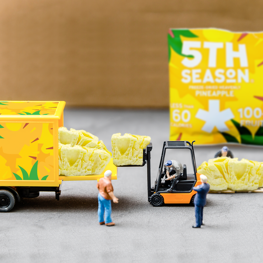 26th pineapple men truck.png