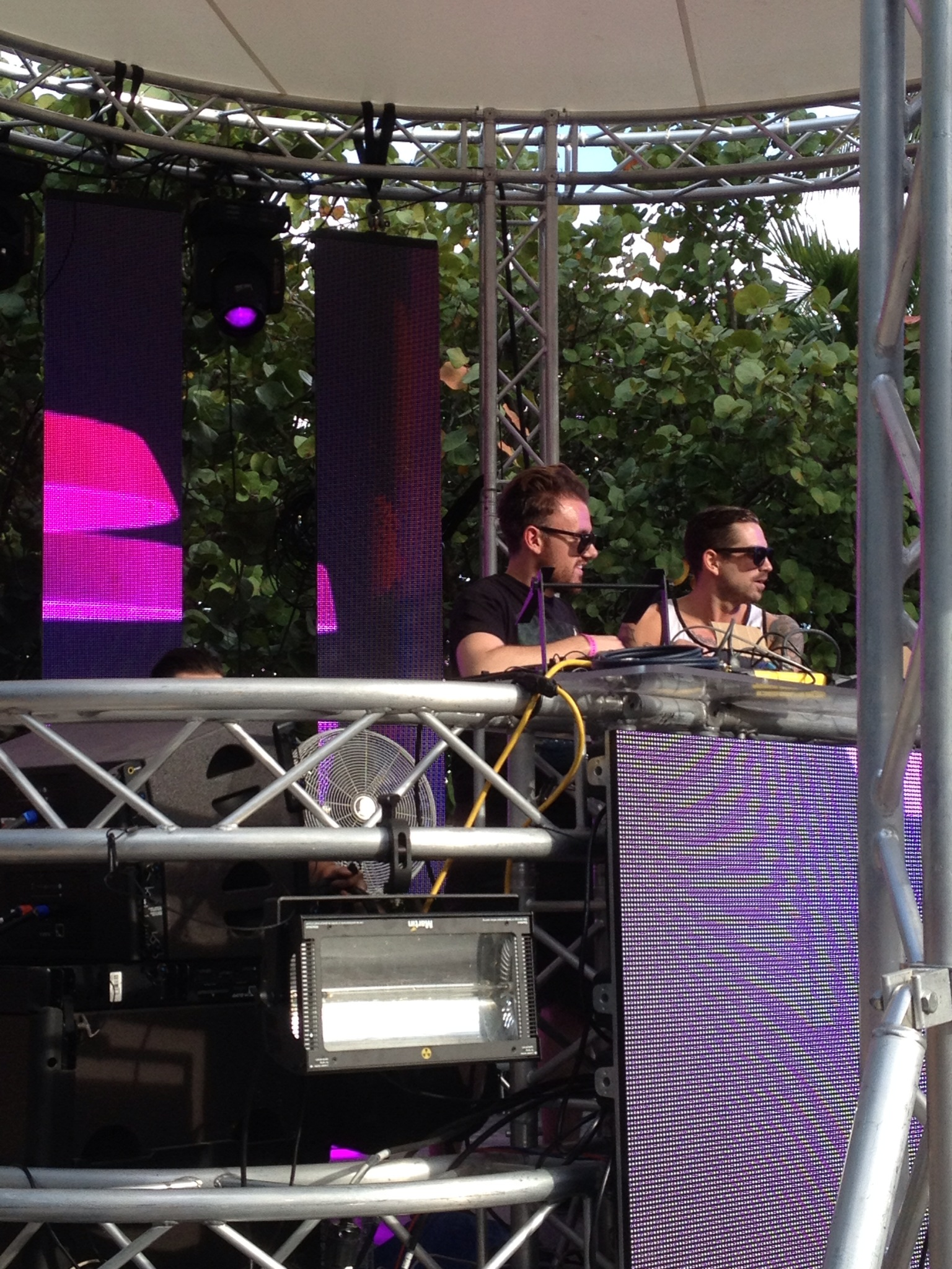 Norin & Rad spinning at the Anjunabeats pool party.