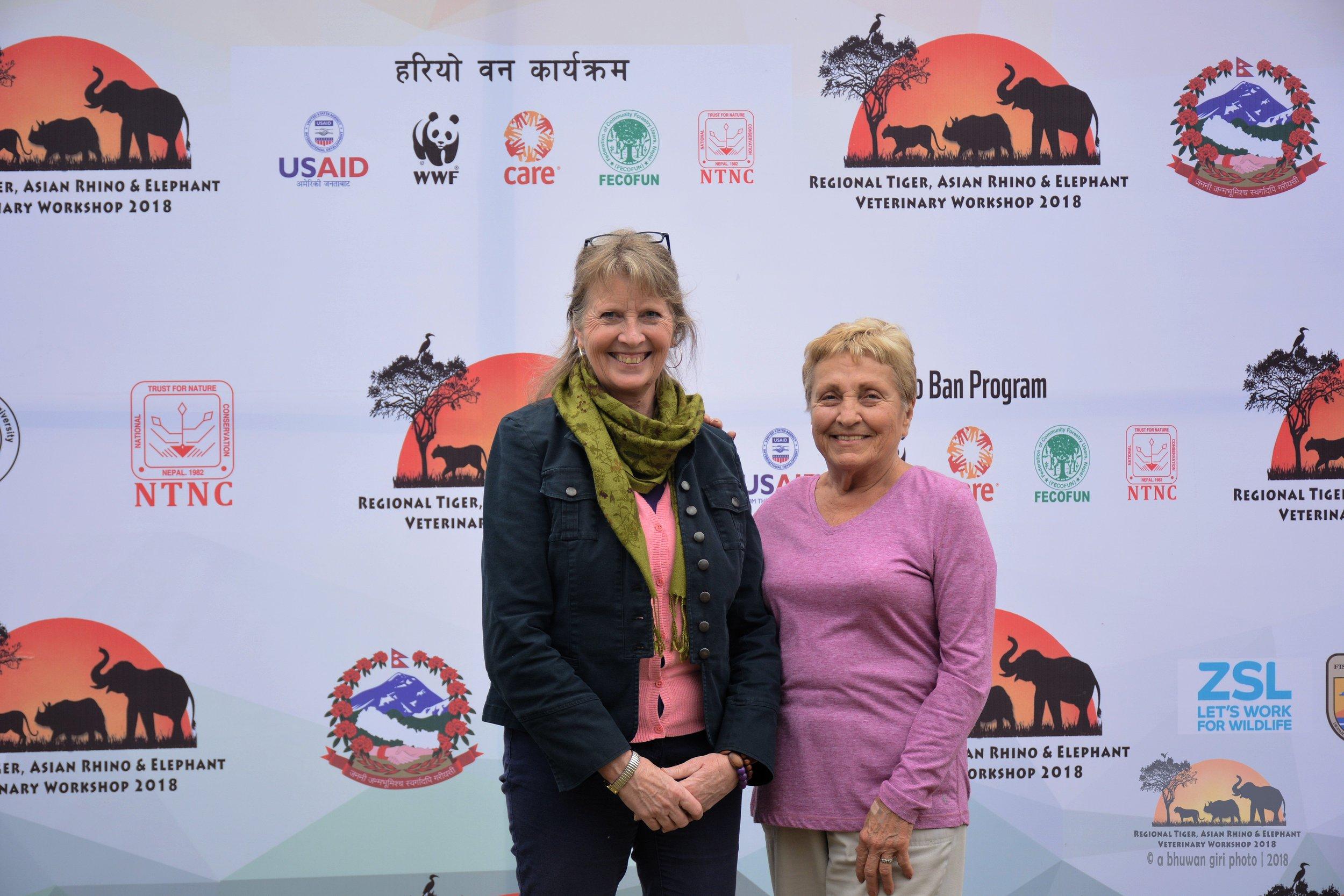 AES advisor Heidi Riddle (left) and president Linda Reifschneider